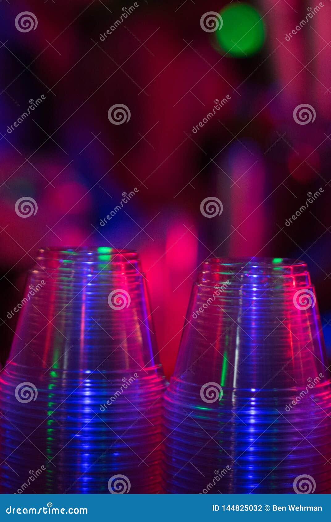 Copos em um clube noturno