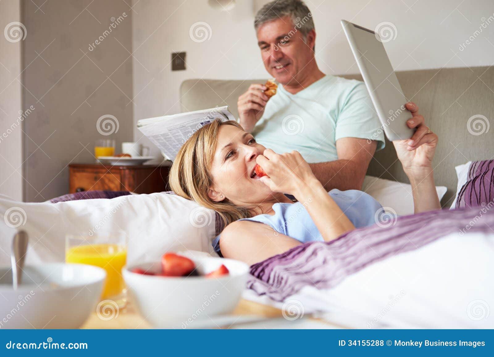incontri con coppie letto Guidonia Montecelio