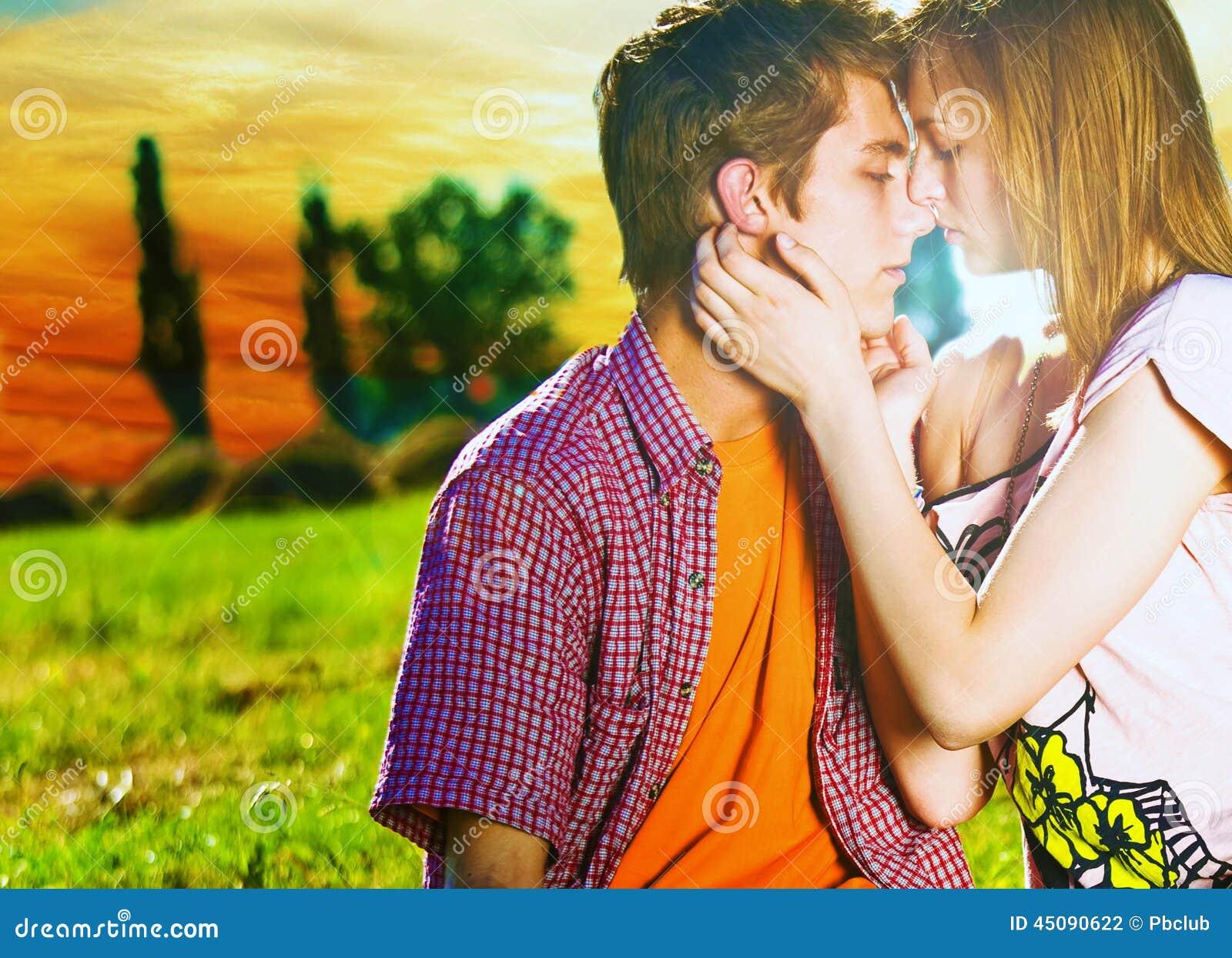 Coppie circa da baciare