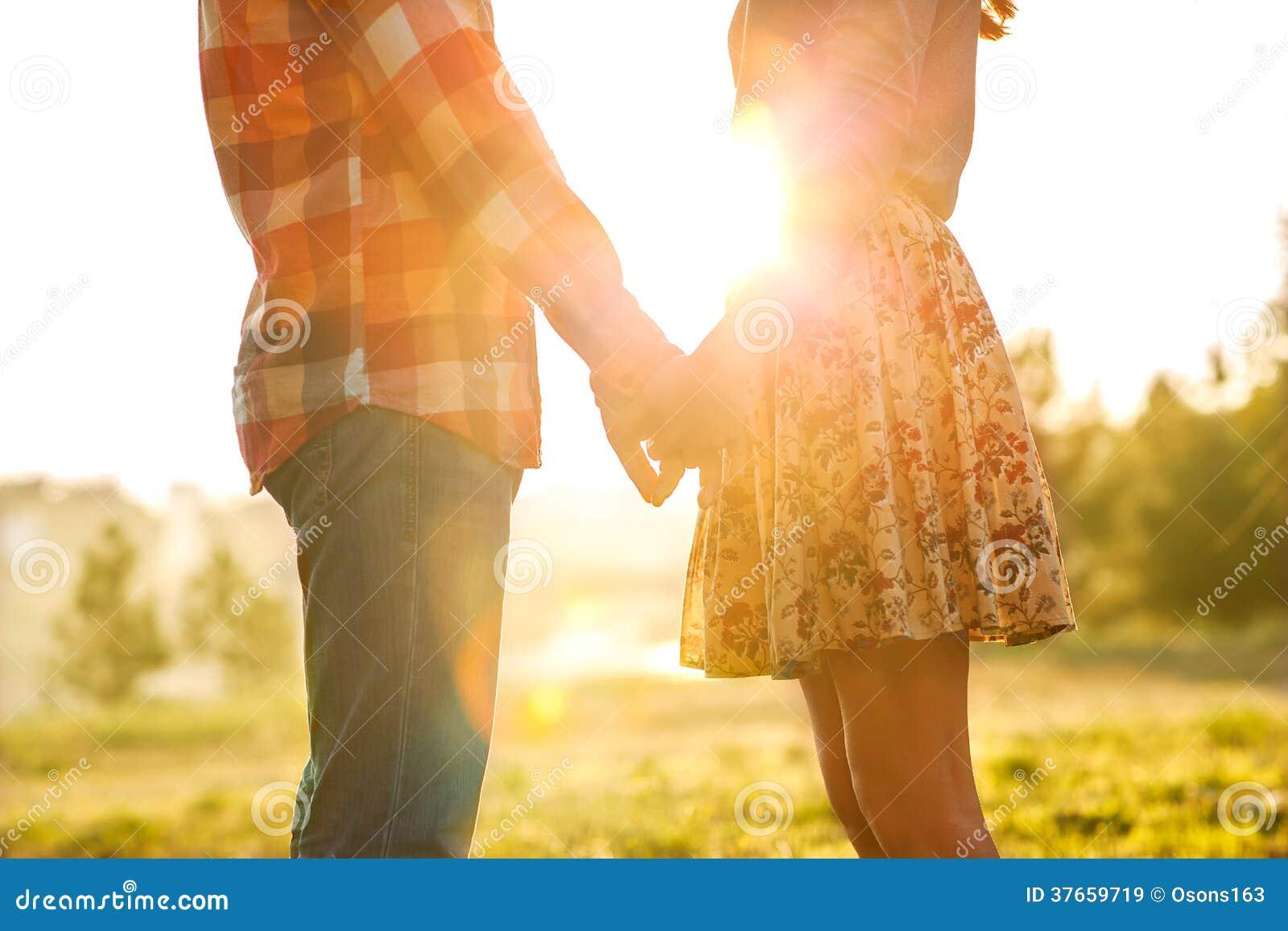 Coppie giovani nell amore