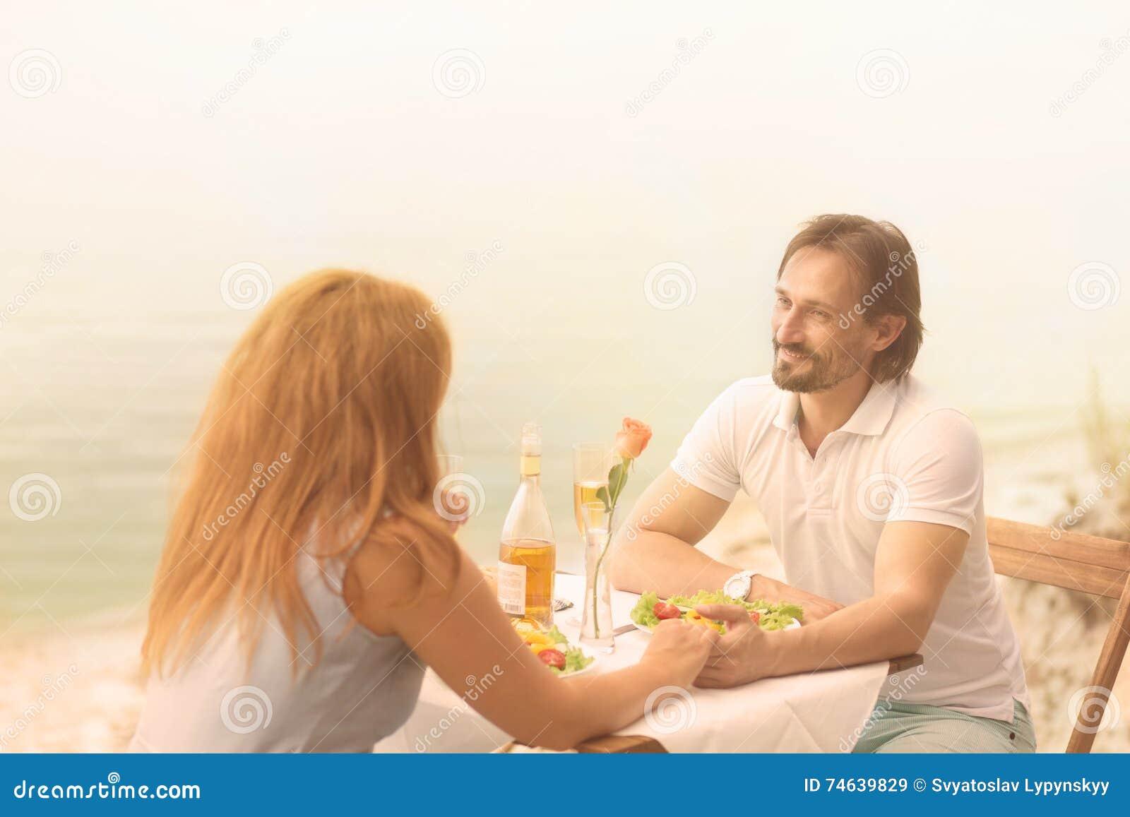 allaperto dating UK