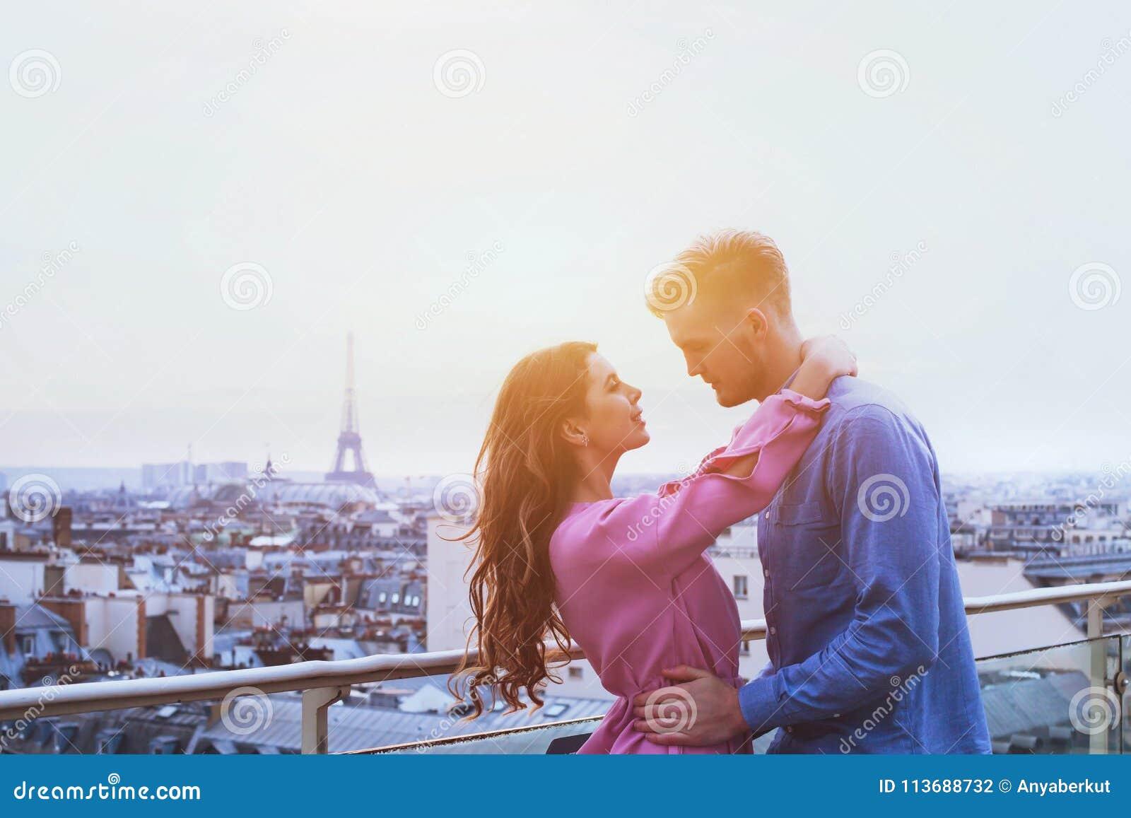 Dating online Parigi