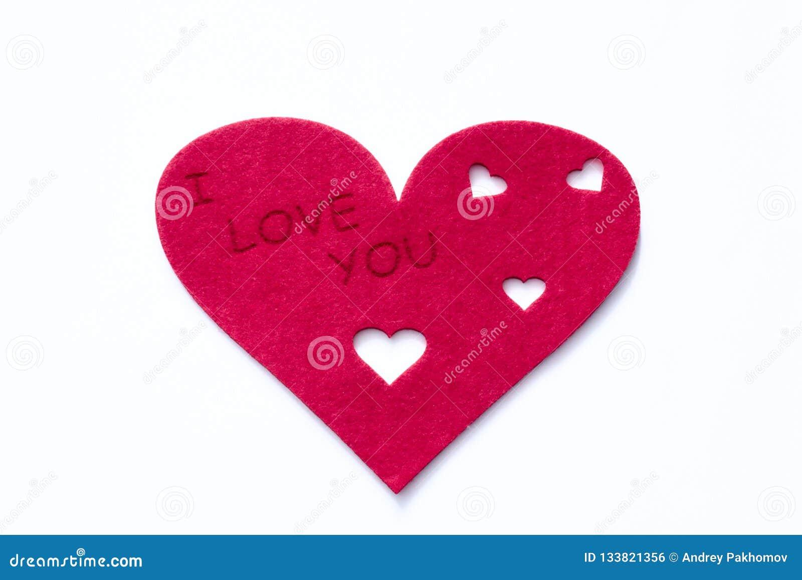 Corações vermelhos dispersados em um fundo branco Fundo excelente ao dia do Valentim de Saint Copie o espaço