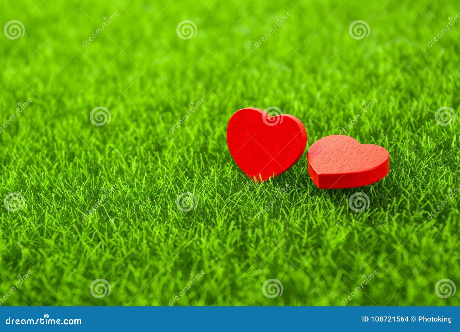 Corazón del rojo de la remolque