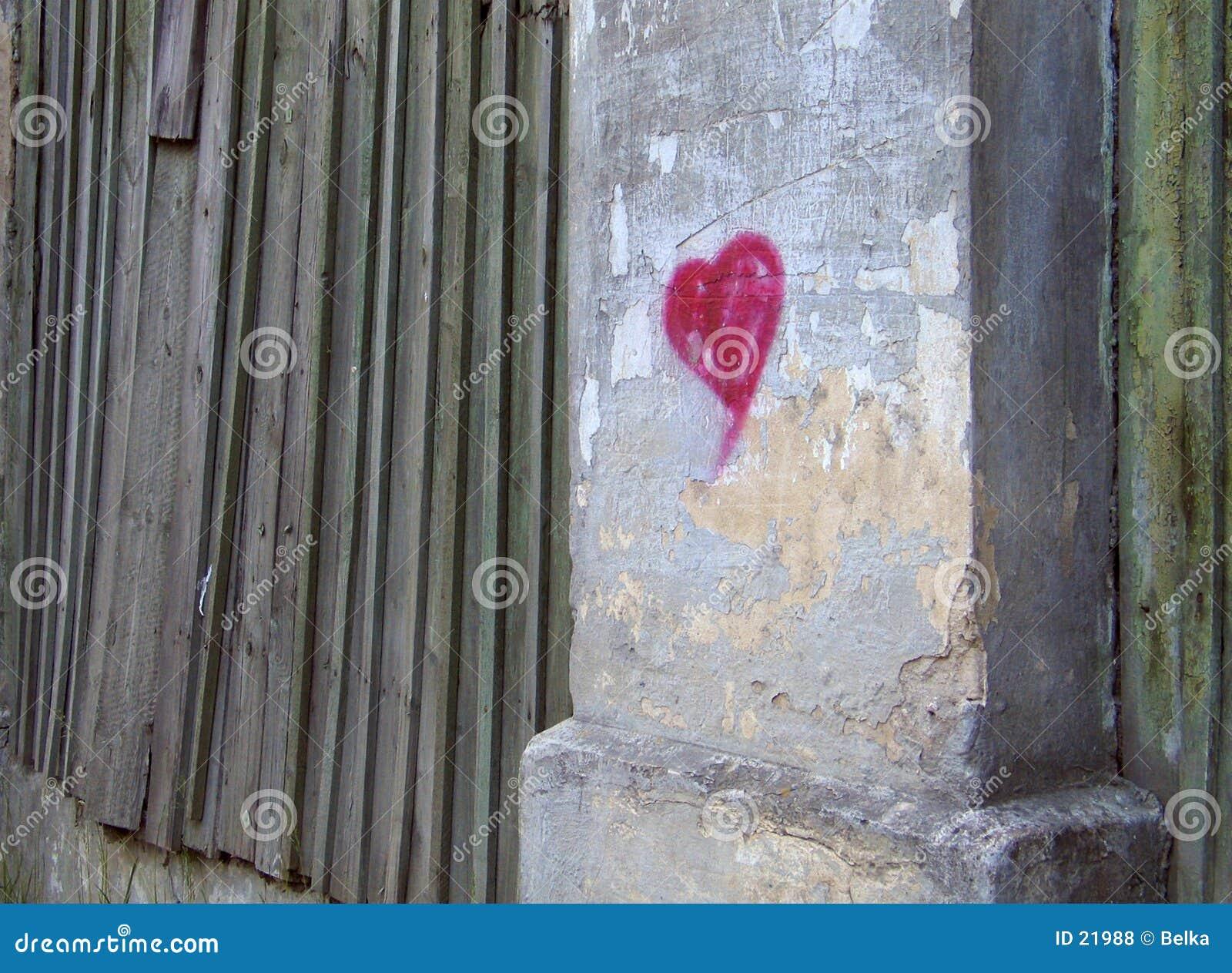 Corazón en una pared