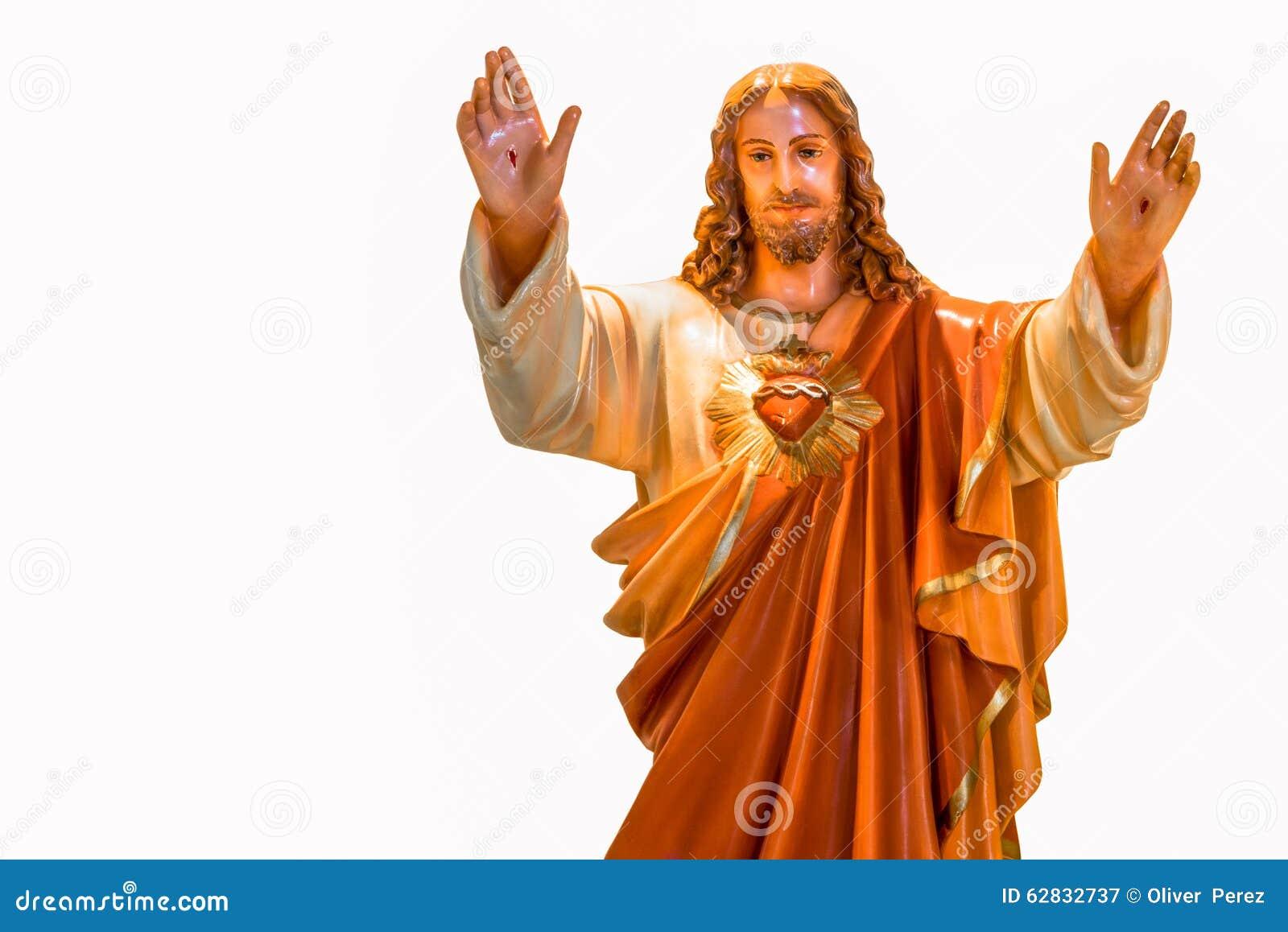 Corazón sagrado de la estatua de Jesús