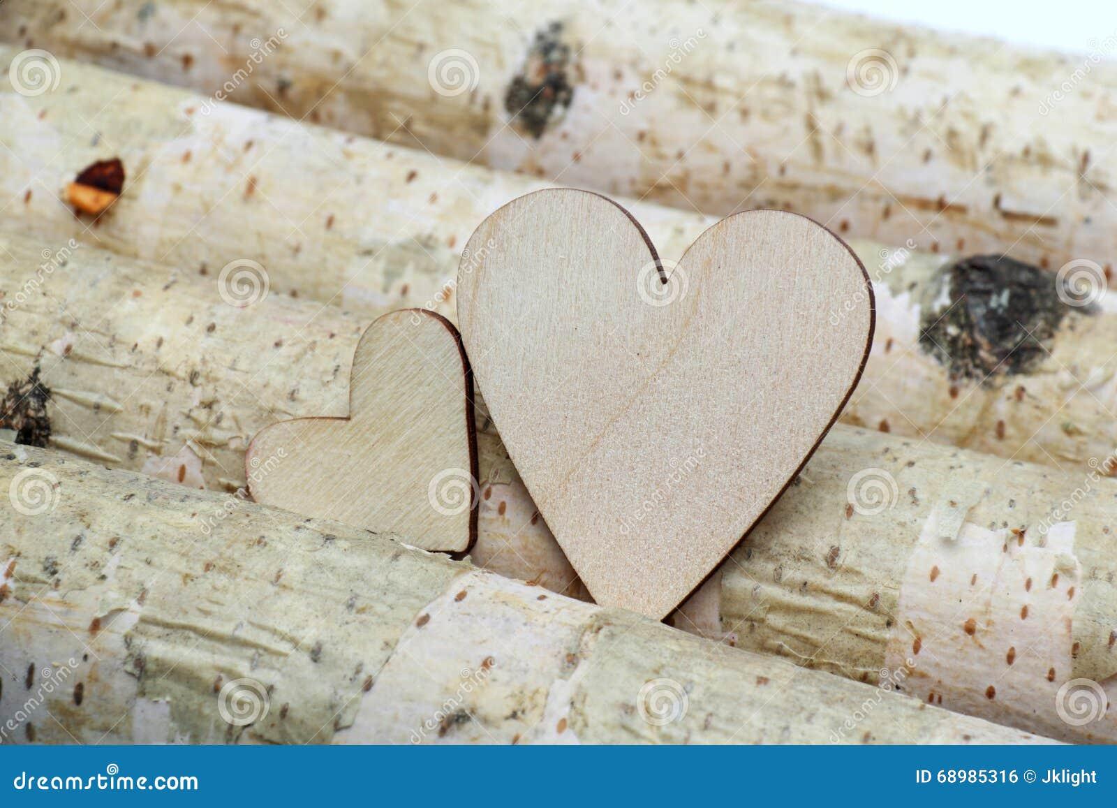 Corazón y fondo de madera