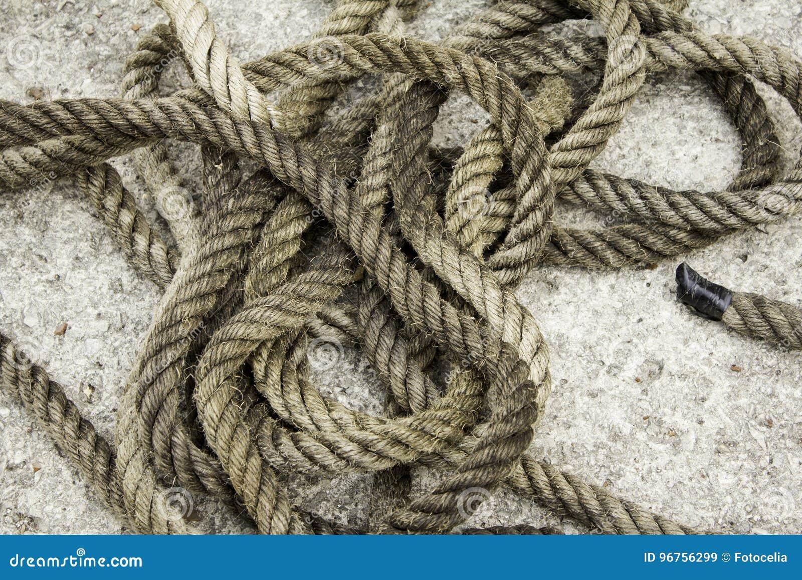 Corde avec des noeuds de fibre