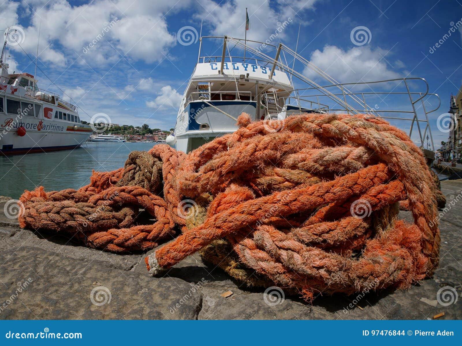 Corde rosse al mare spagnolo