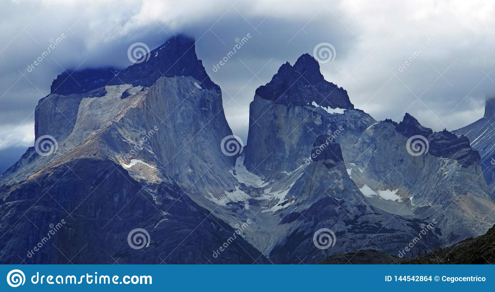 Cordillera Del Paine Stunning Panoramic View, chilensk Patagonia