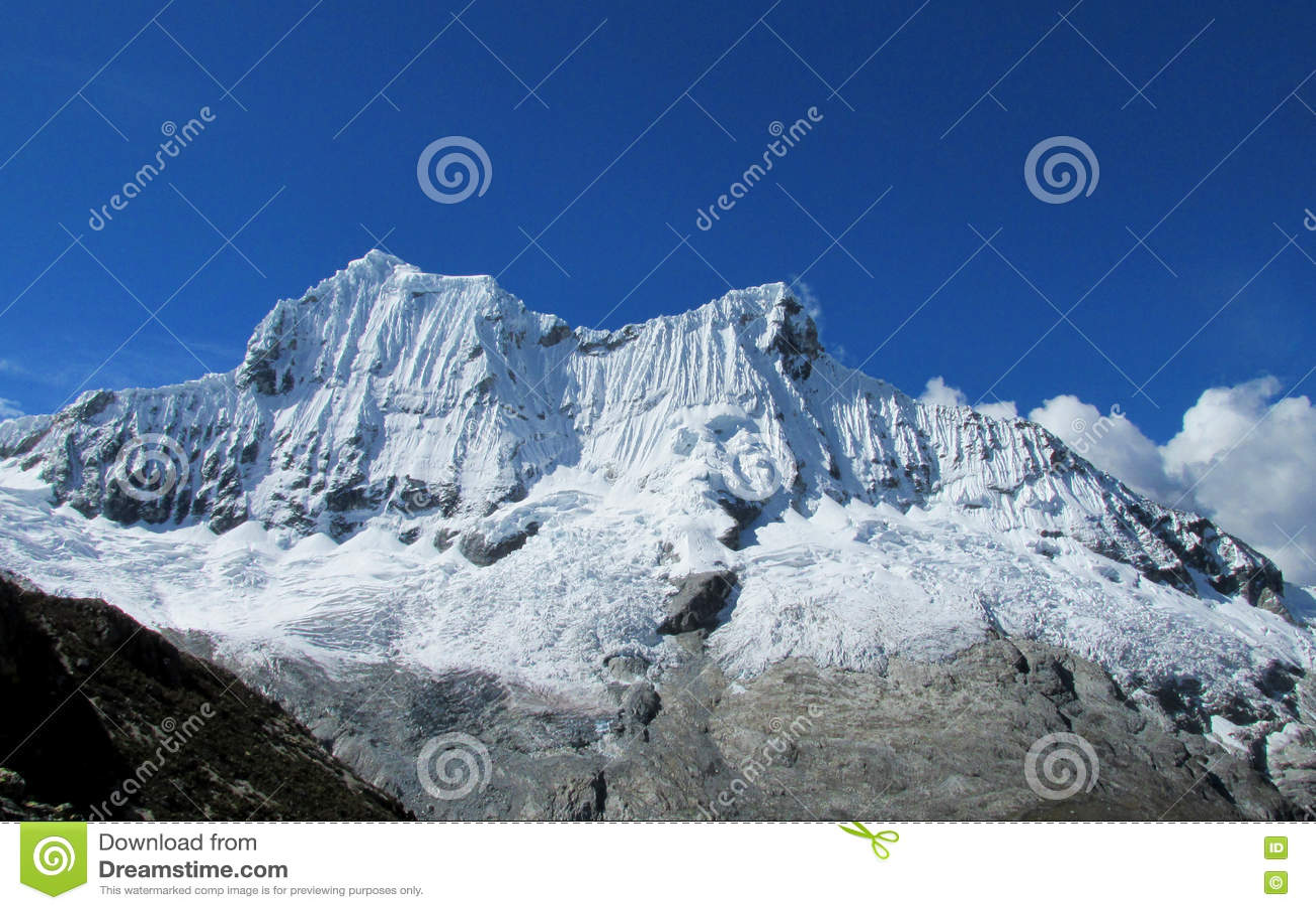 Cordillerablanca bergen van Santa Cruz Track