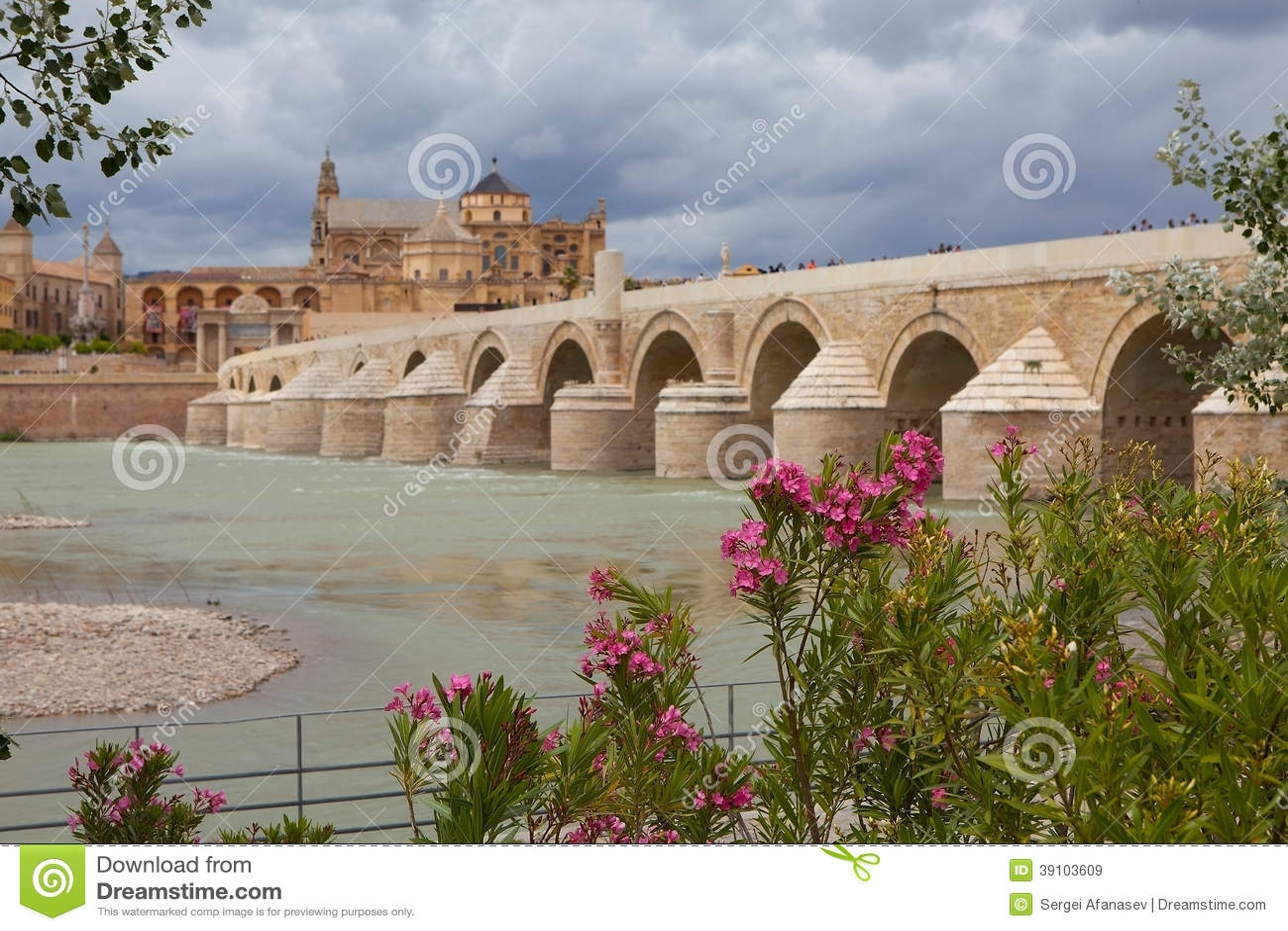 Cordova. Roman brug over de Guadalquivir.