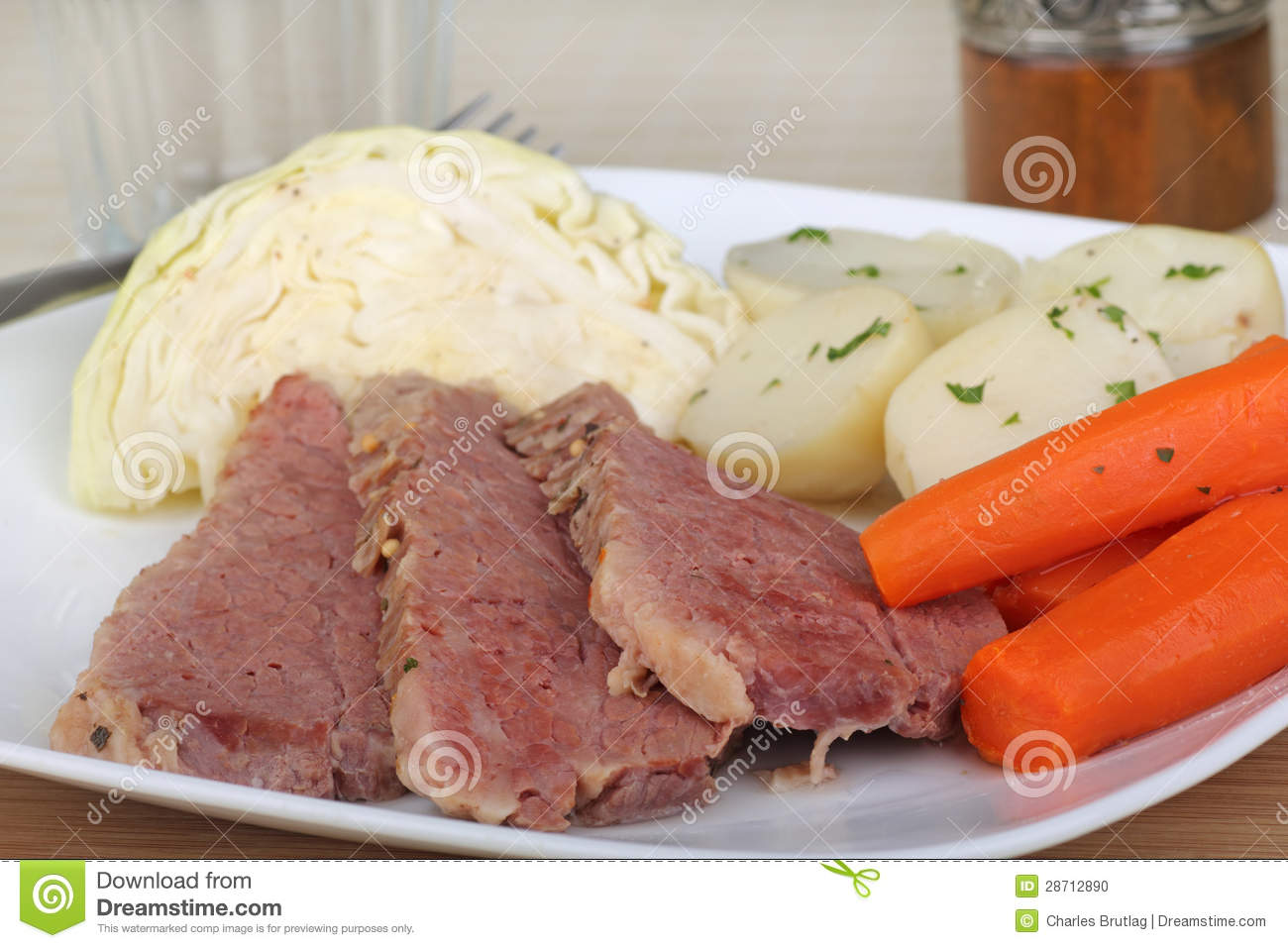 Corned beef meal with cabbage, carrots and potatoes.