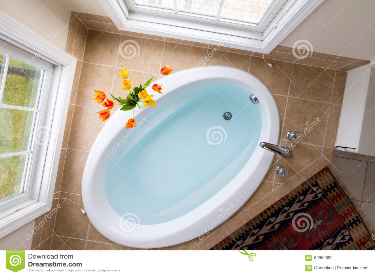 Corner Oval Bathtub Full Of Clean Water Stock Image - Image of ...