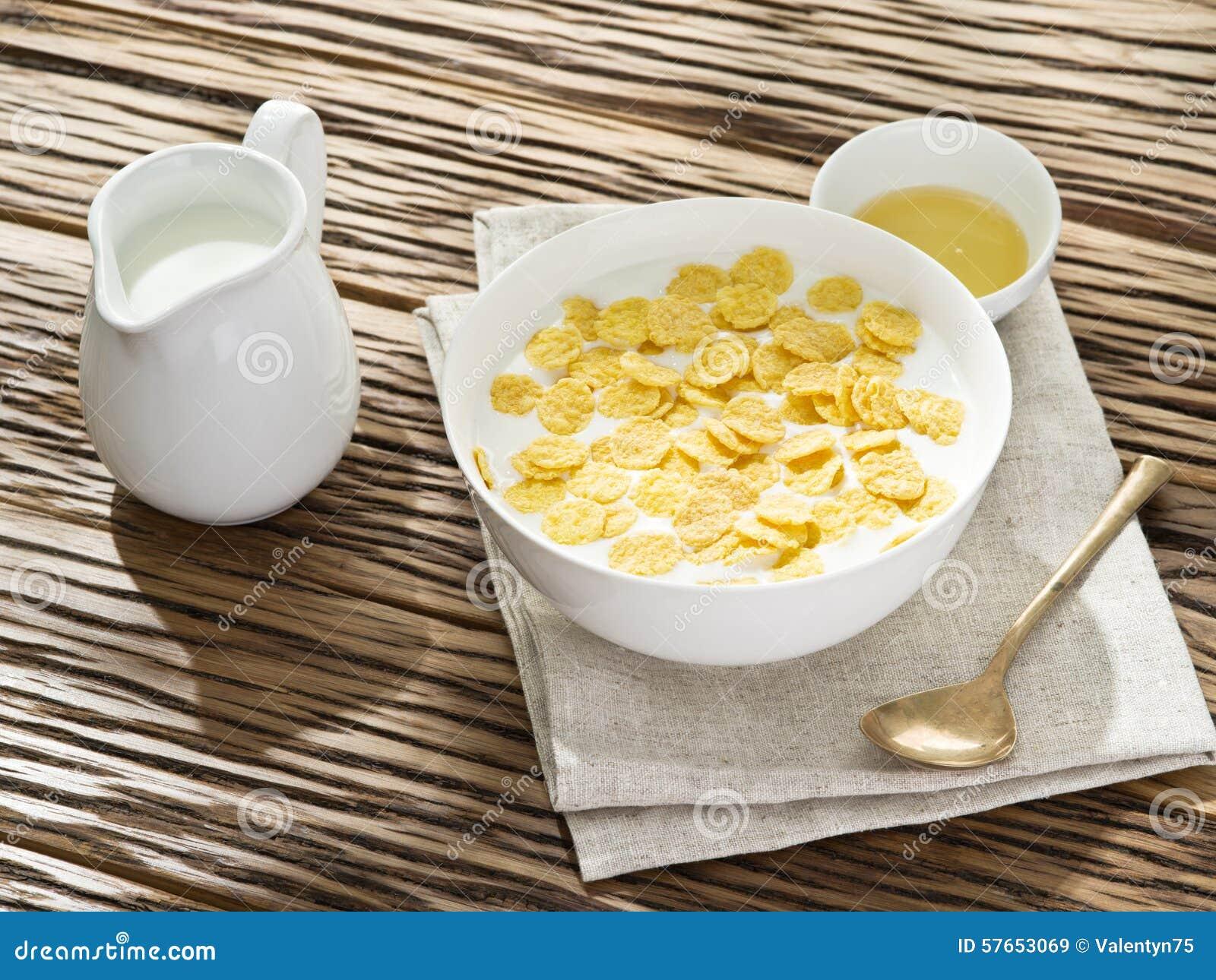 Cornflakes zboże i mleko