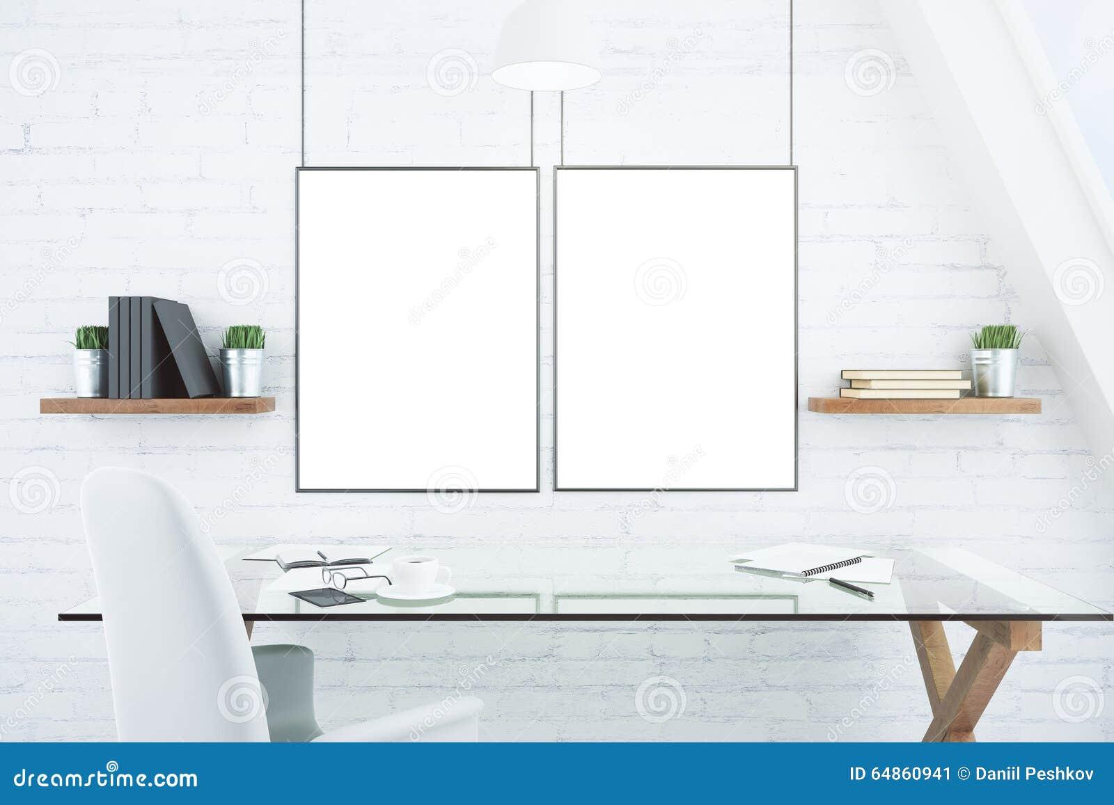Cornici bianche in bianco sul muro di mattoni in ufficio for Cornici bianche