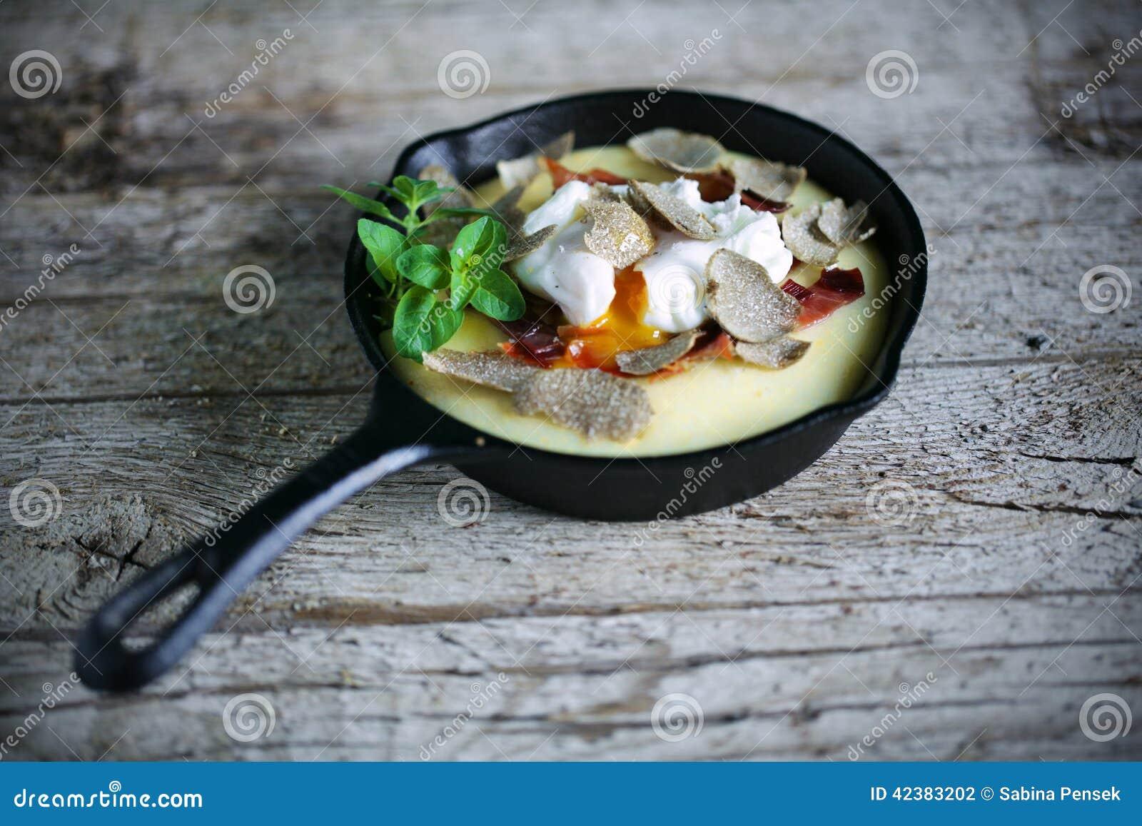 Cast Cornmeal Egg Ham Iron Oregano Pan Parma Poached