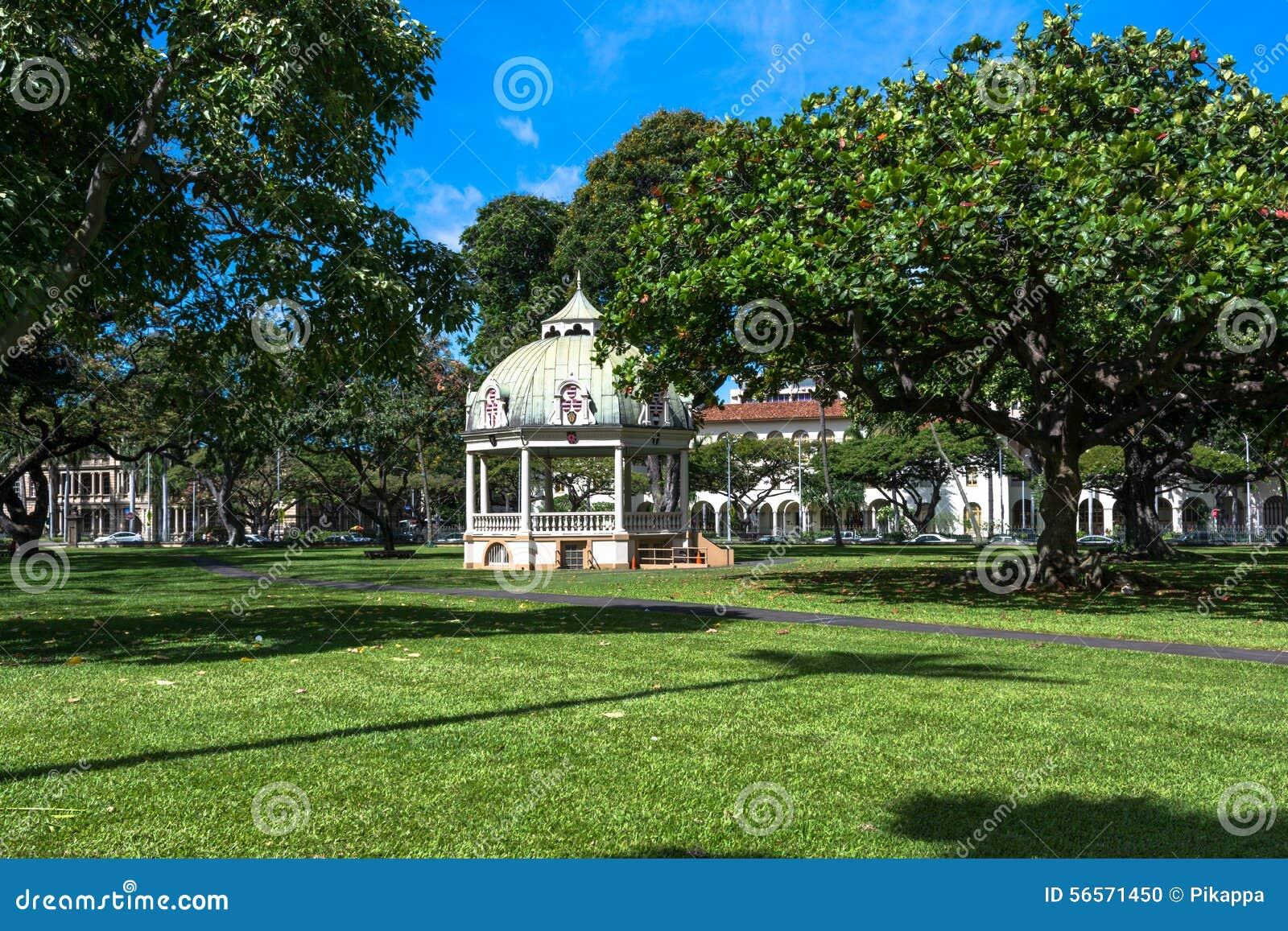 Download Coronation περίπτερο, Χονολουλού, Χαβάη Εκδοτική εικόνα - εικόνα από coronation, περίπτερο: 56571450