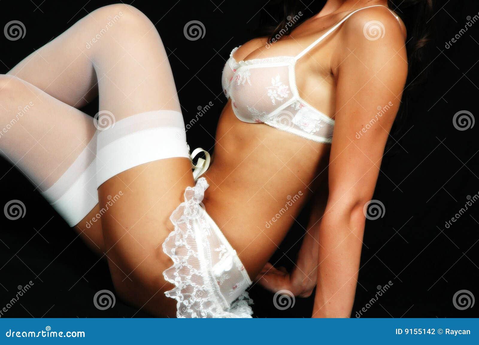 Garotas Quentes Exibindo seus Corpos Nus - Bundas