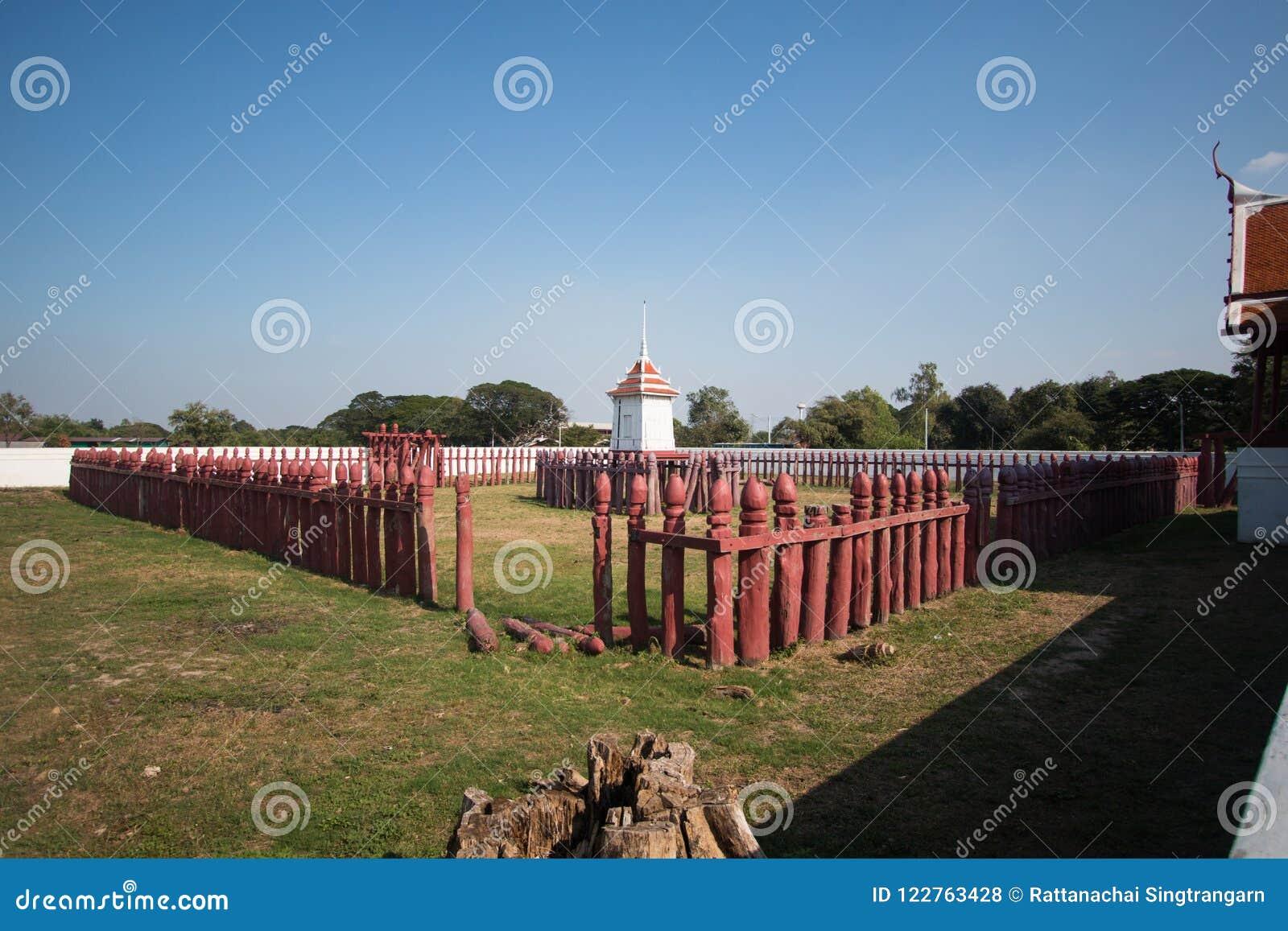 Corral del elefante de Tailandia en historia en Ayutthaya