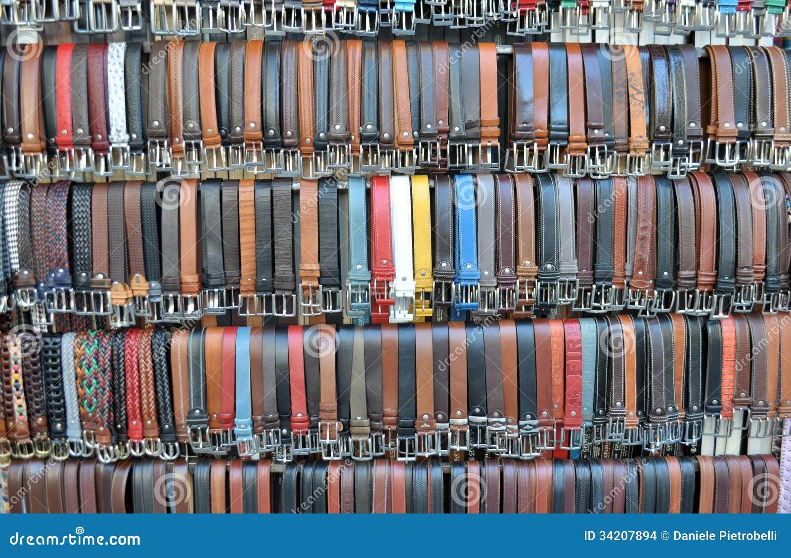 Correas de cuero coloreadas del pantalón