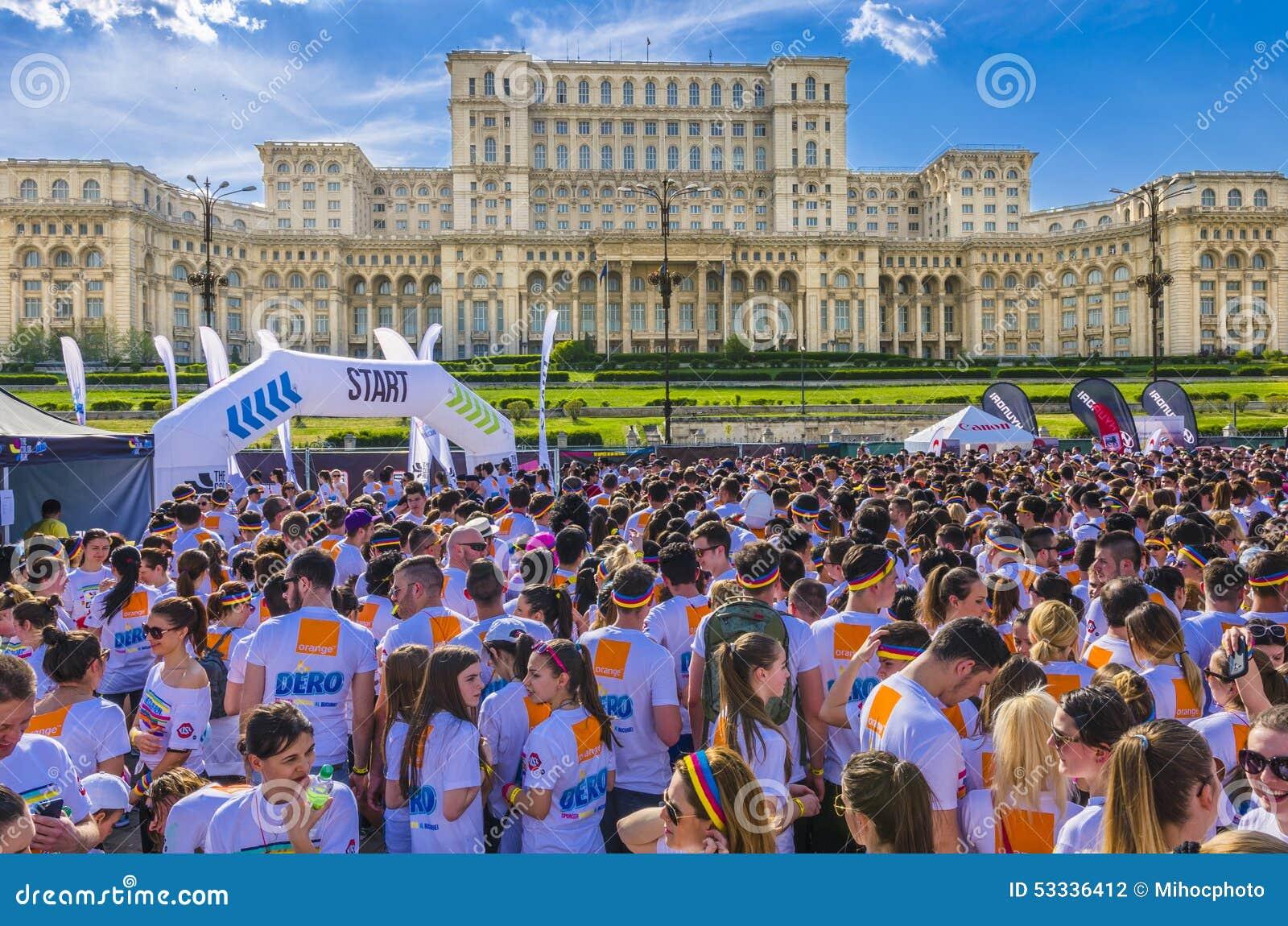 A corrida Bucareste da cor