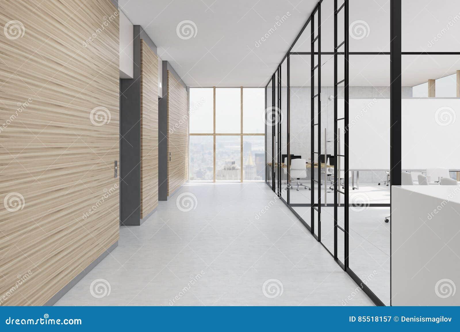 Ufficio Legno E Vetro : Corridoio dellufficio con le pareti di legno e di vetro