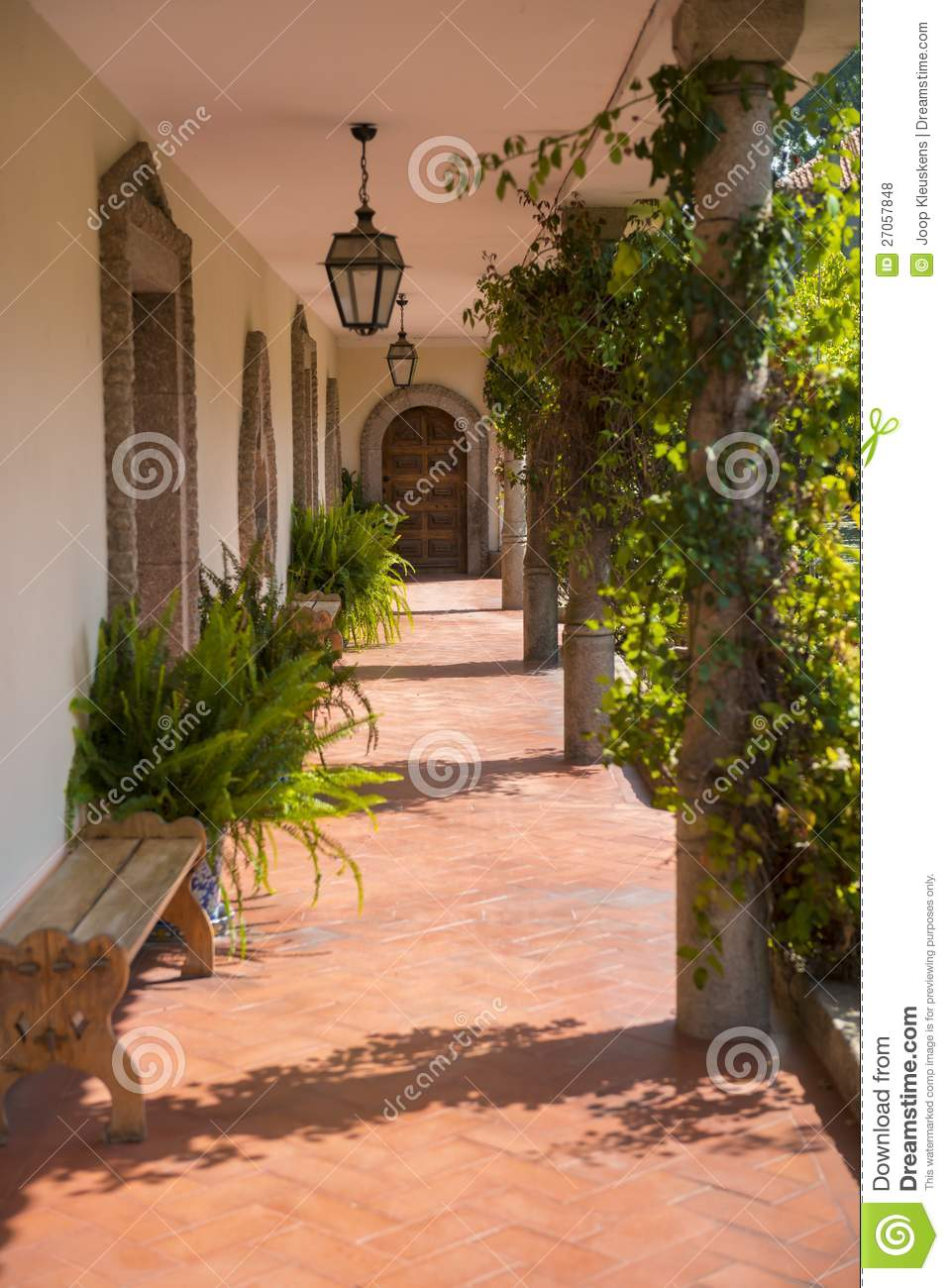 Corridor with decoration royalty free stock photos image 27057848 - Corridor decoratie ...