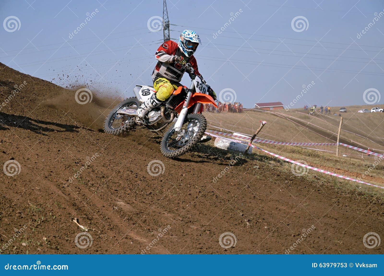 giochi di motocross sulla spiaggia