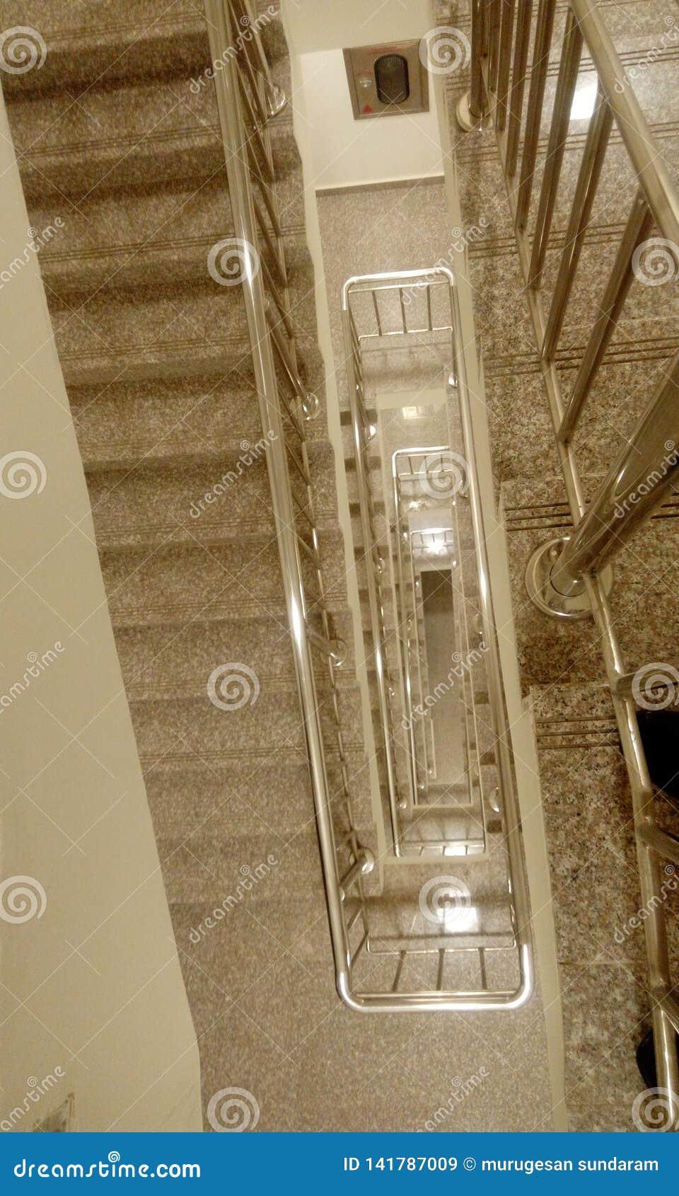 Corrimão de aço inoxidável da escadaria do fogo