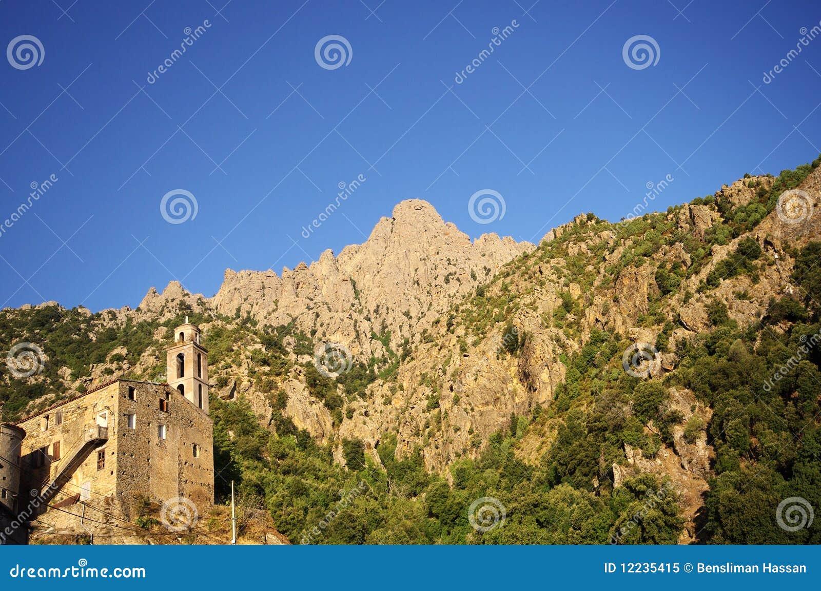 Corsica górska wioska