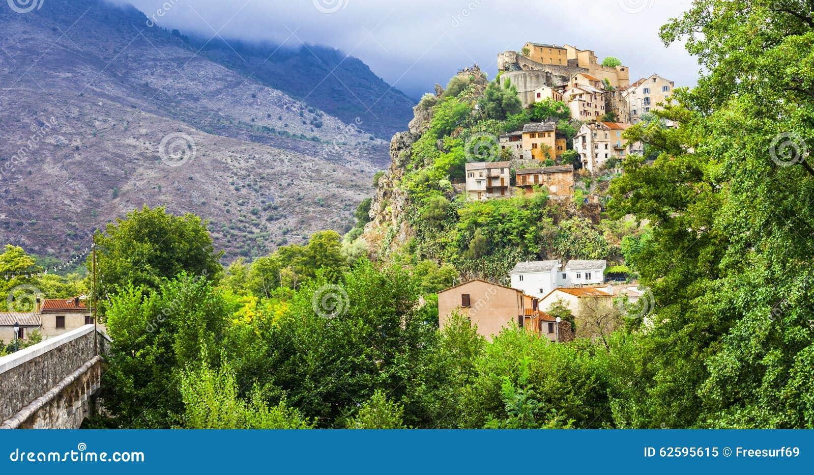 Corte gammal stad i Korsika