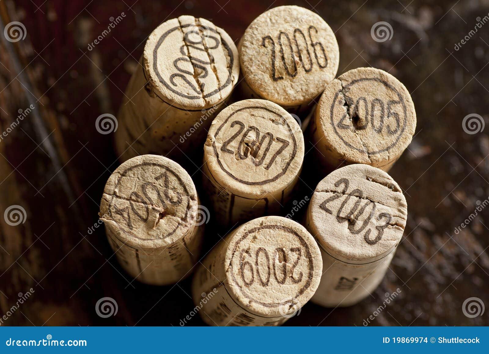 Cortiça do frasco de vinho vermelho do Bordéus