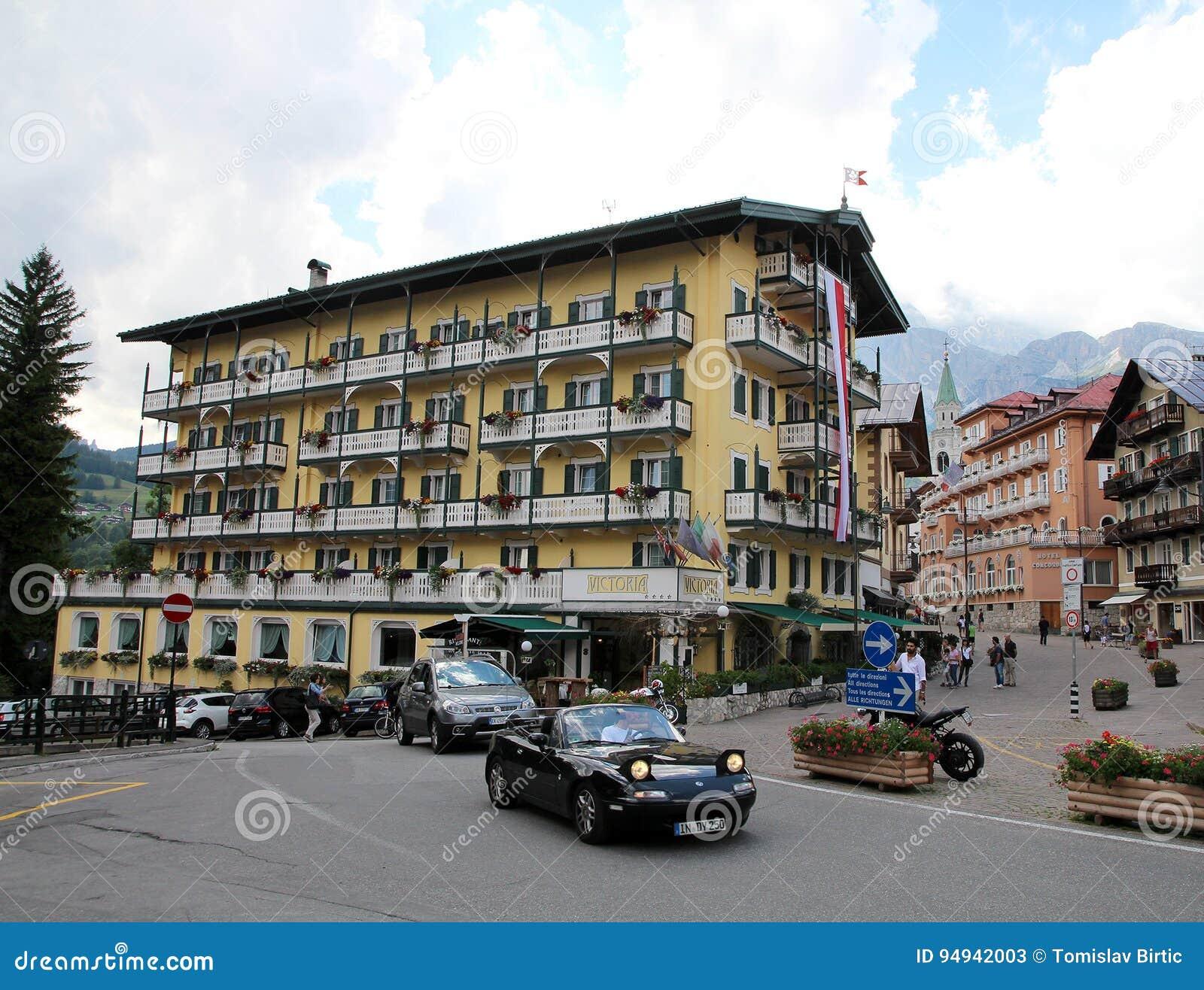 Cortina D ` Ampezzo/de Zomer in Dolomiet