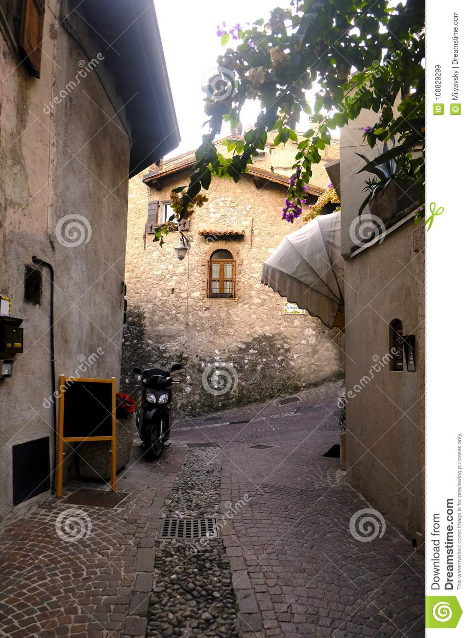 Cosiness of ancient towns