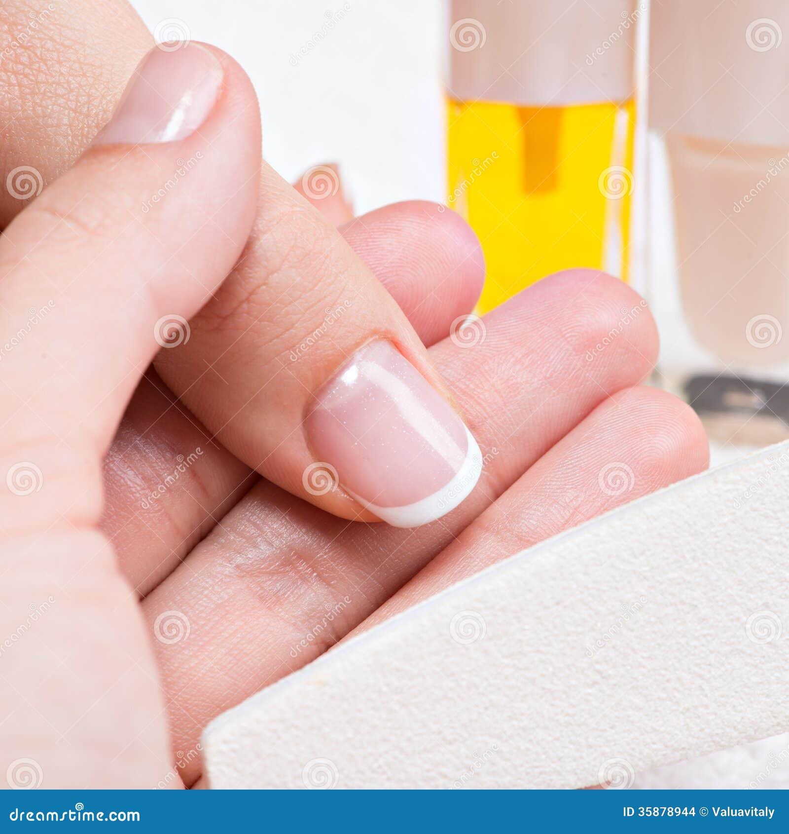 Las uñas no crecen por el hongo