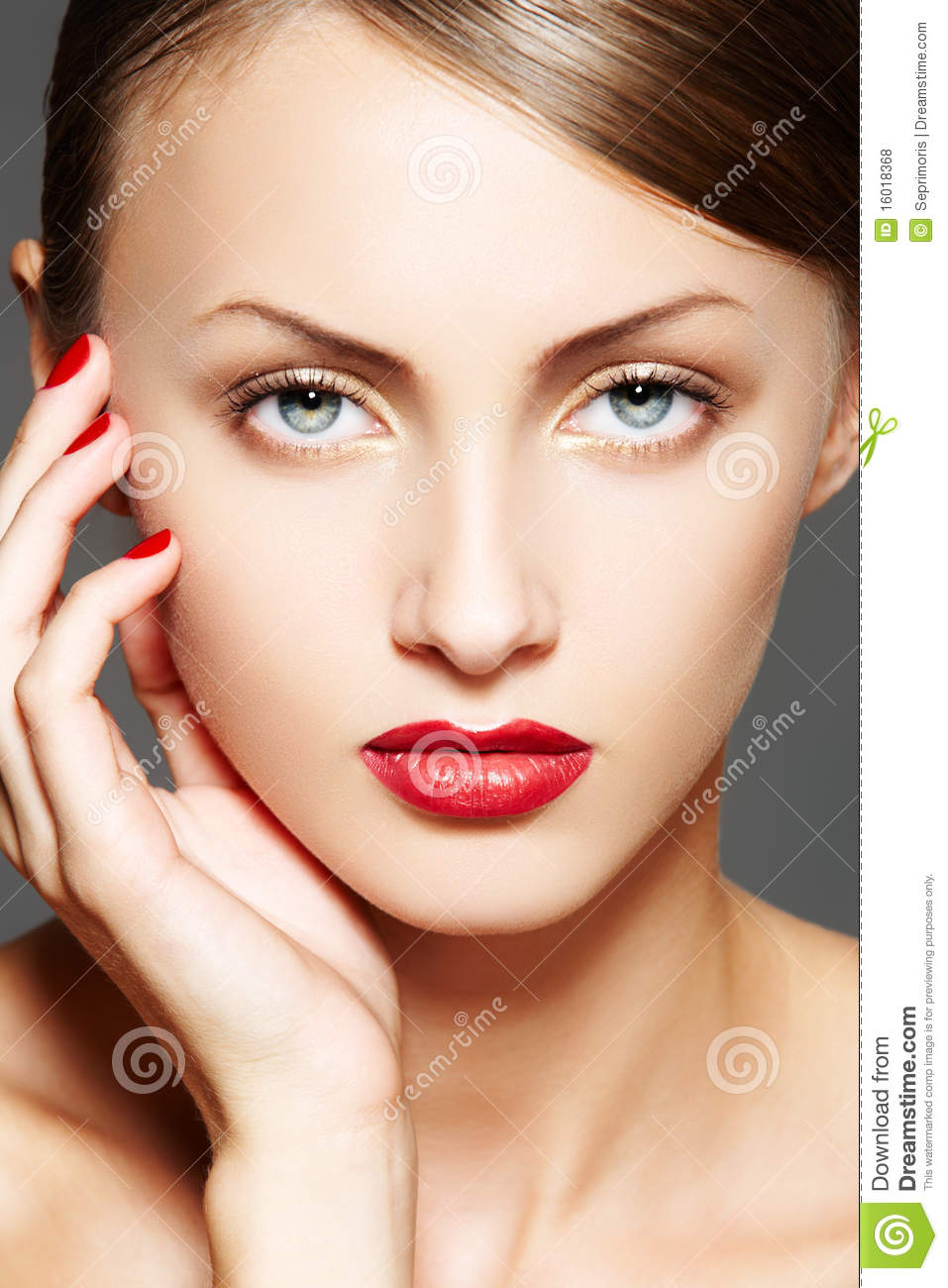 Cosmetic. Luxury woman model with glamour make-up