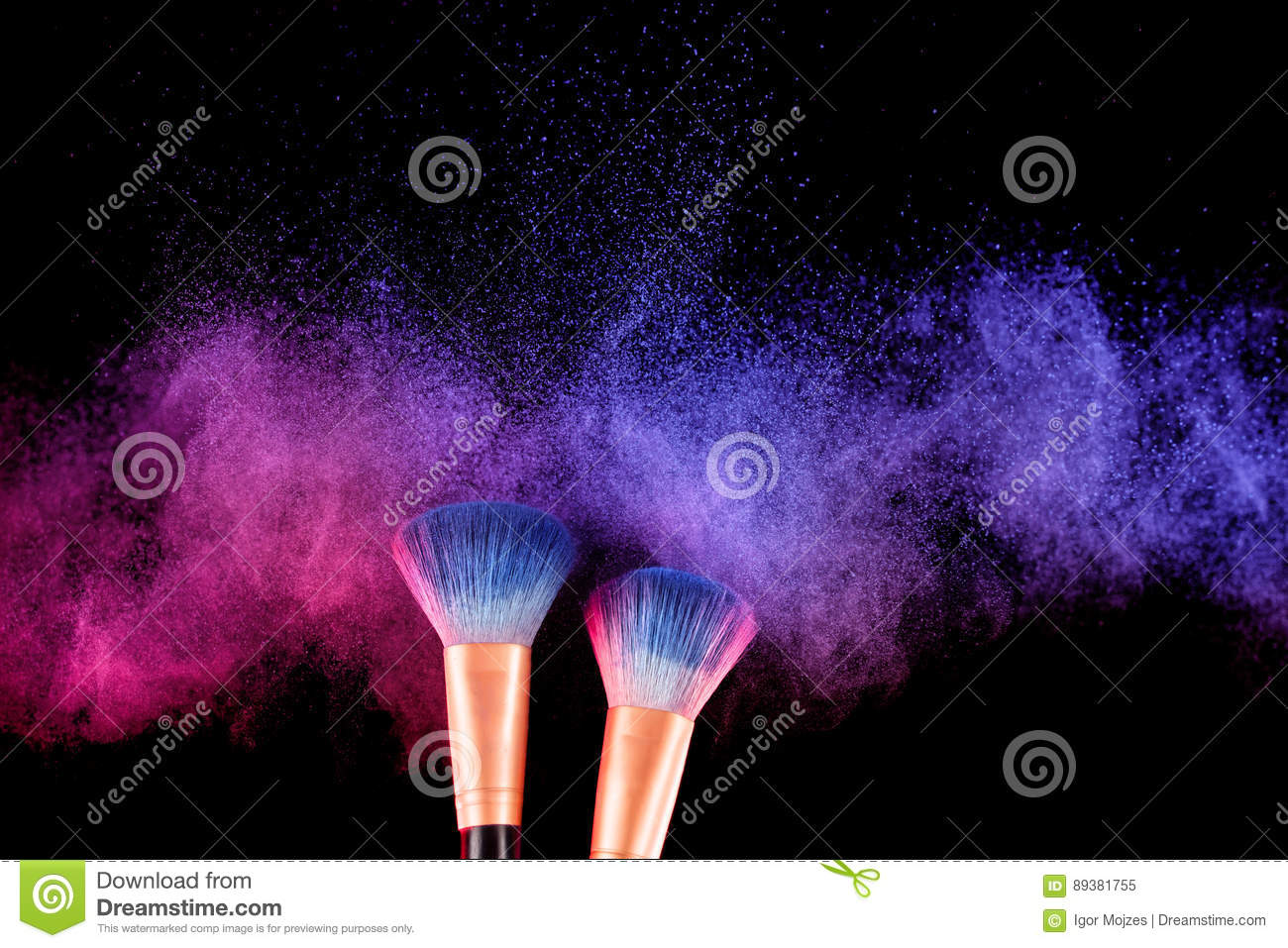 Cosmetics brush and explosion colorful makeup powder