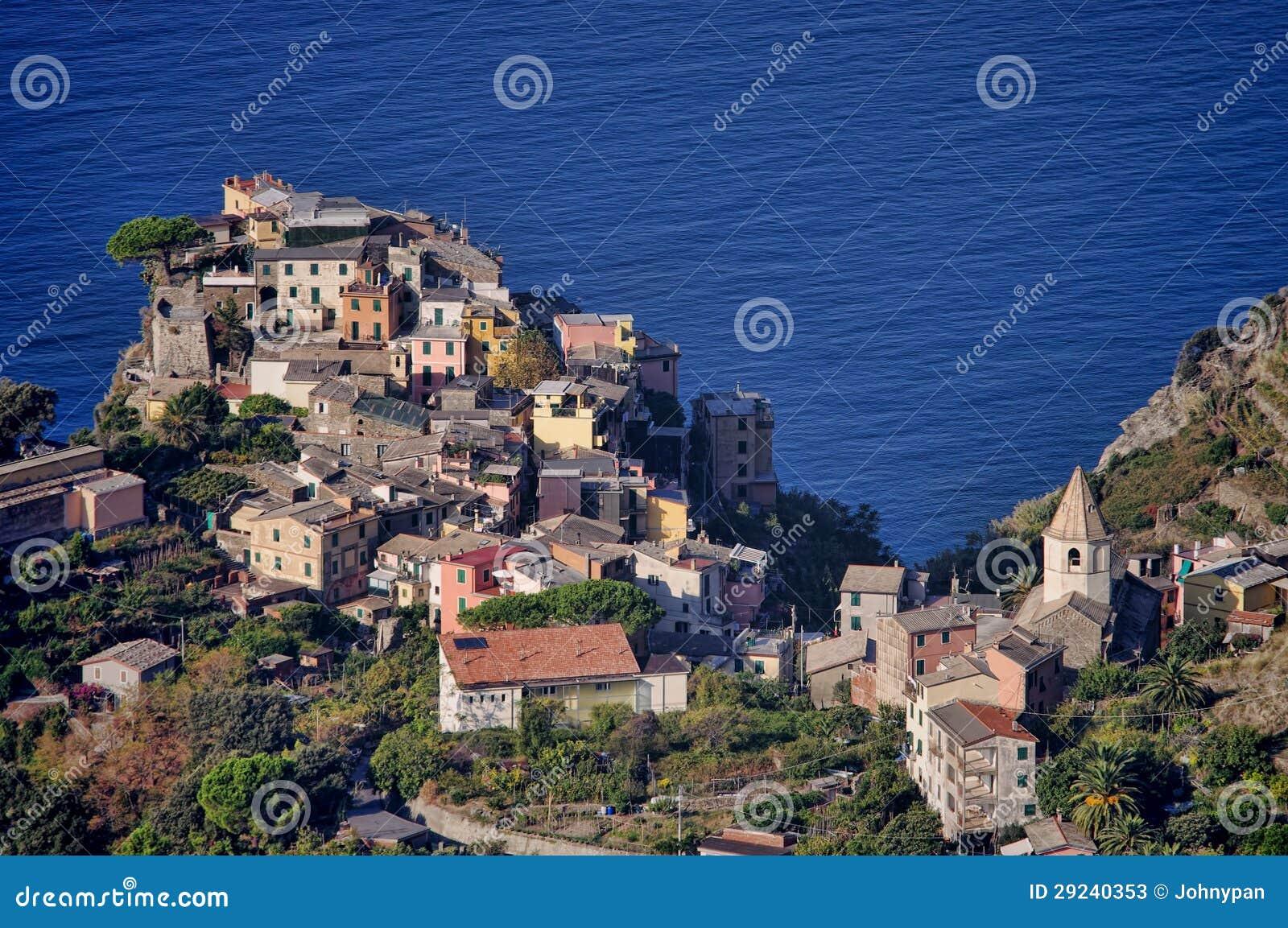 Download Costa de Corniglia imagem de stock. Imagem de paisagem - 29240353