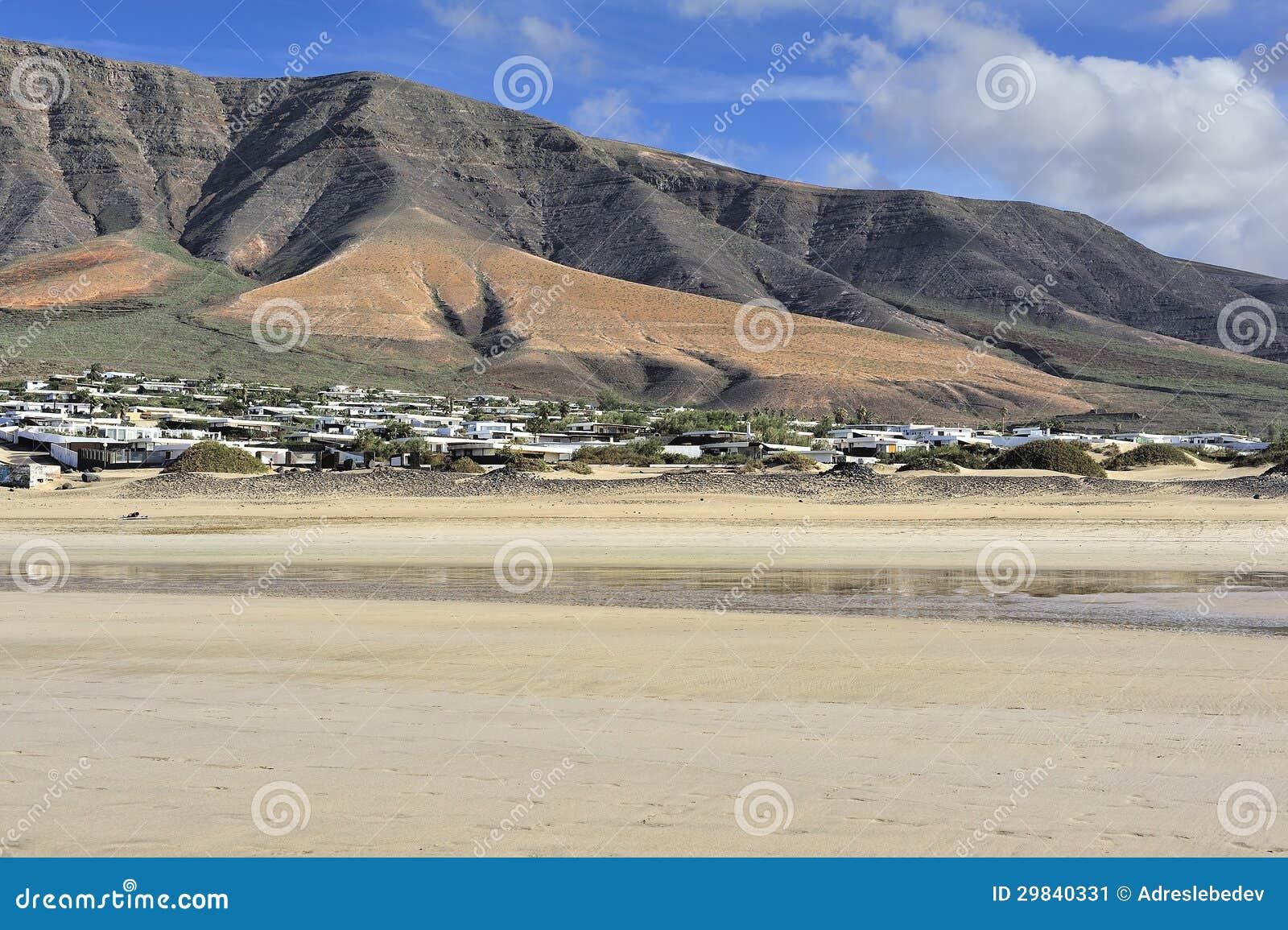 Praia de Famara, Lanzarote, Ilhas Canárias, Spain