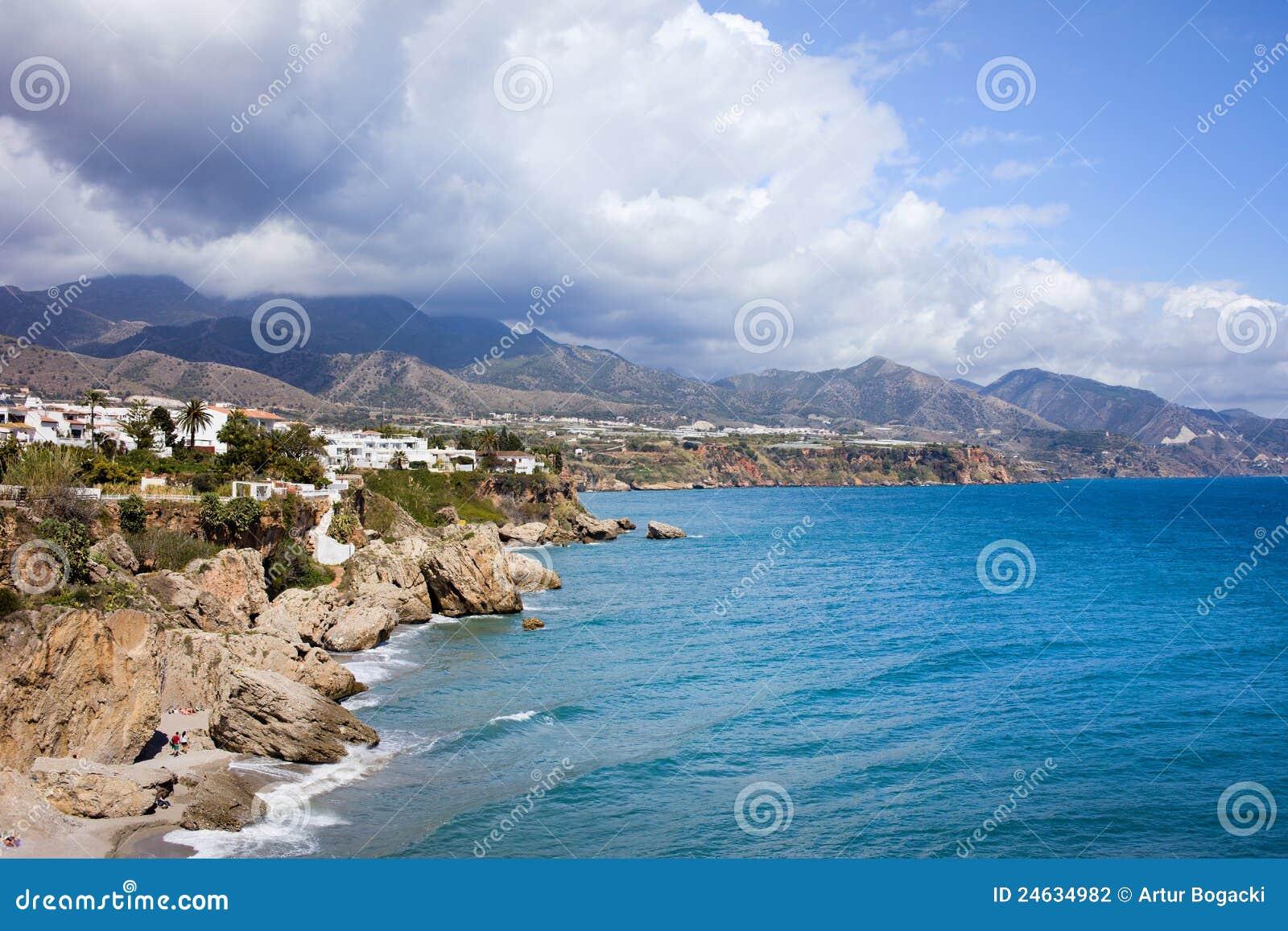 Недвижимость на побережье коста дель соль испания