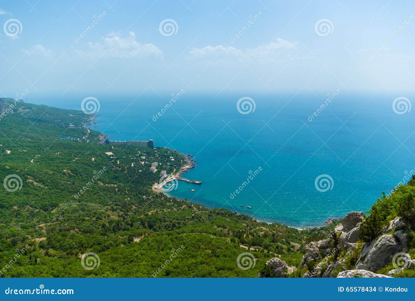 Costa do recurso do Mar Negro em Crimeia