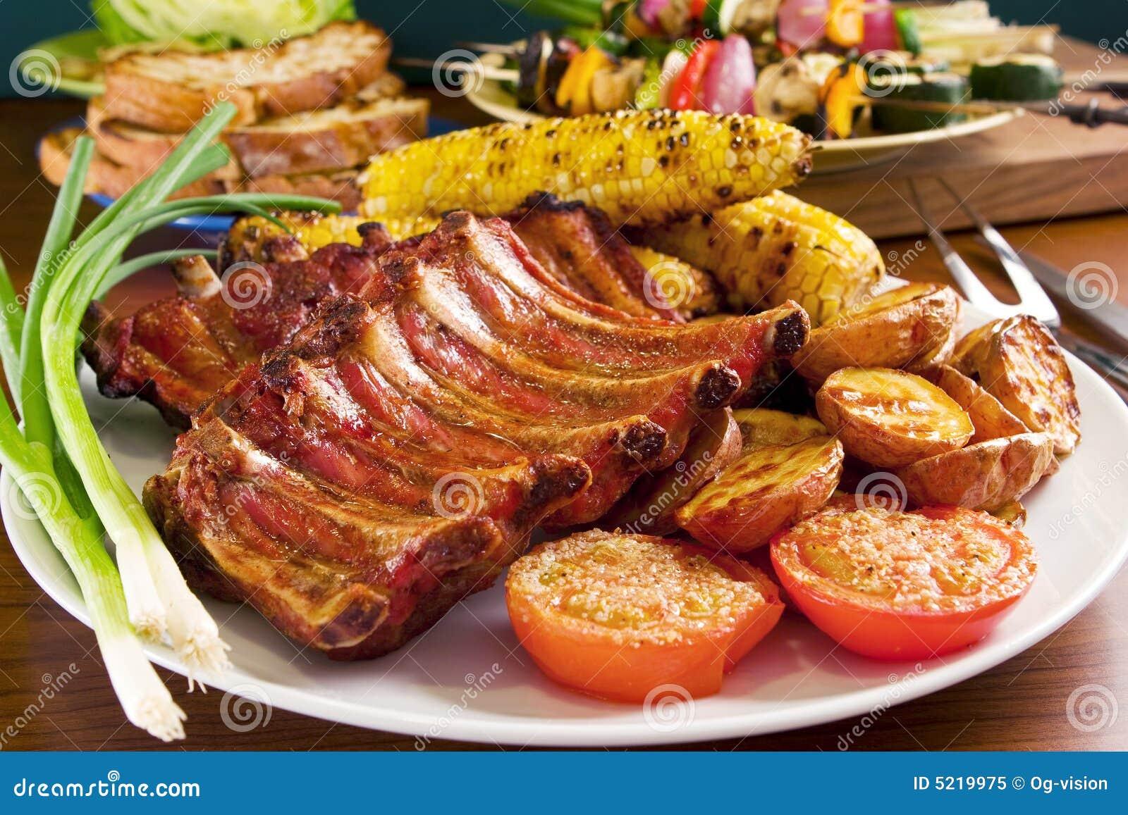 Costillas de cerdo asadas a la parilla