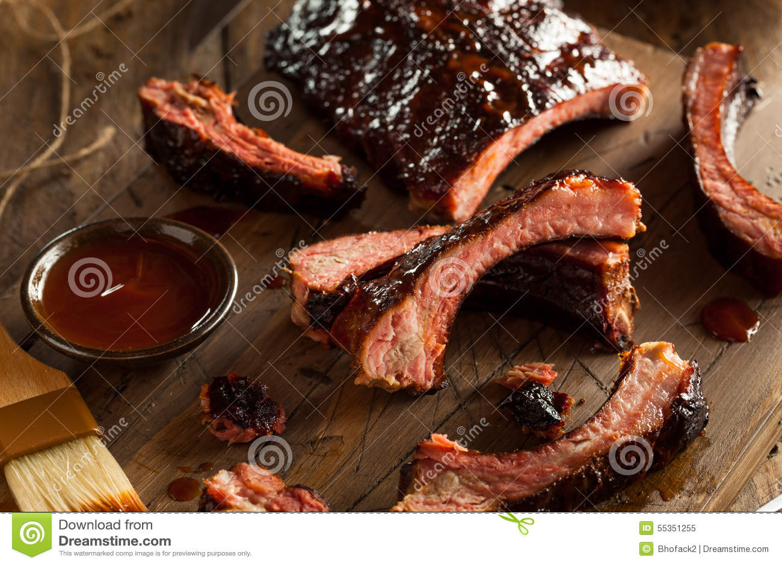 Costole di carne di maiale affumicate casalinghe del barbecue