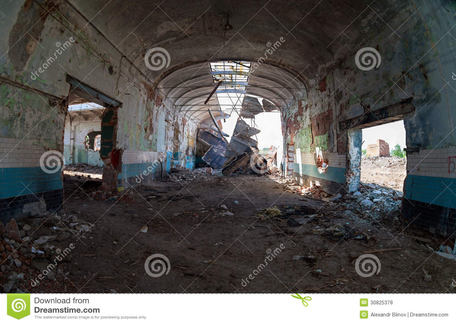 Costruzione abbandonata della fabbrica