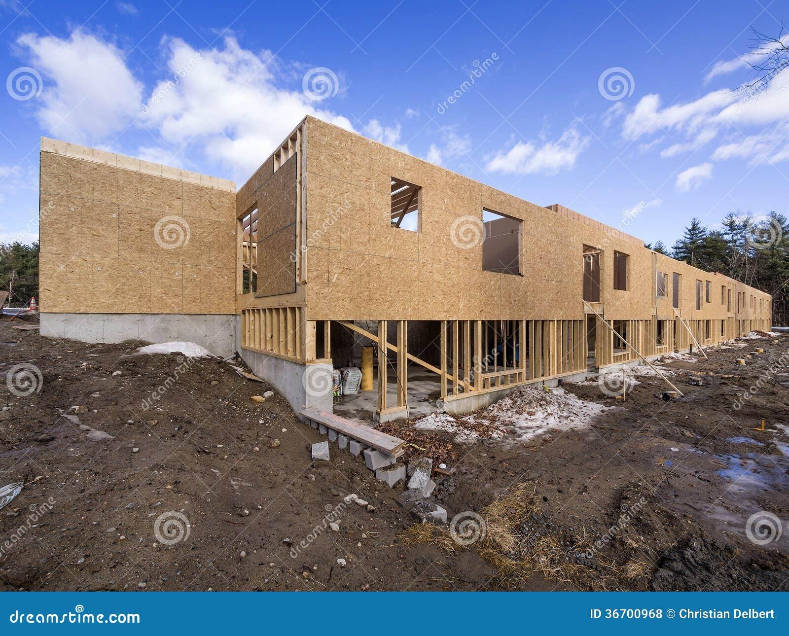 Costruzione dell 39 inquadratura di nuova casa fotografia for Casa di costruzione personalizzata