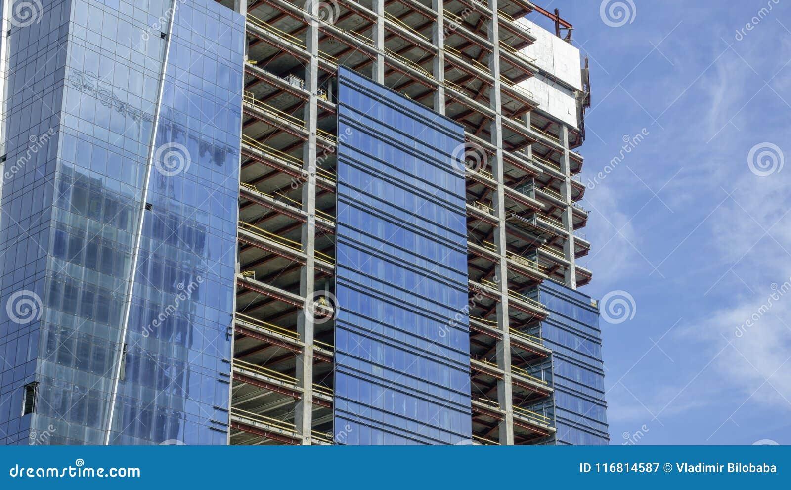 Costruzione di un edificio moderno