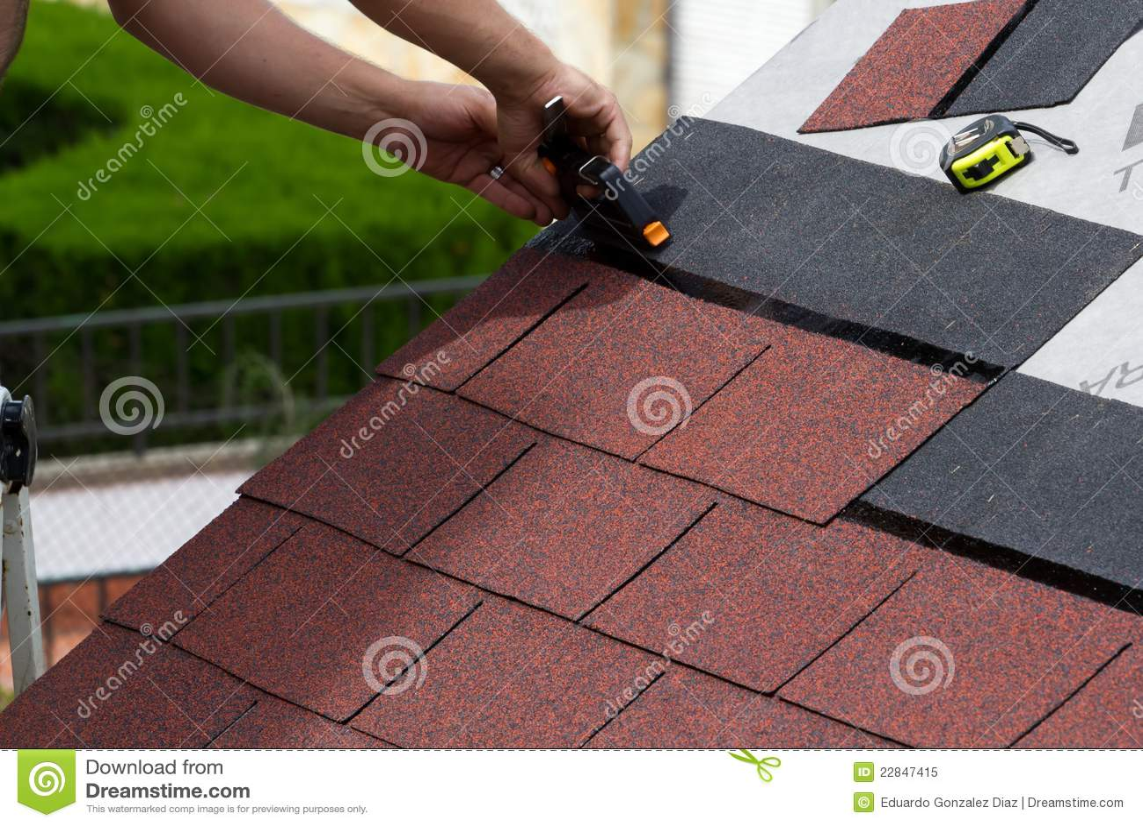 Costruzione di un tetto immagine stock immagine di for Ottenere un prestito di costruzione