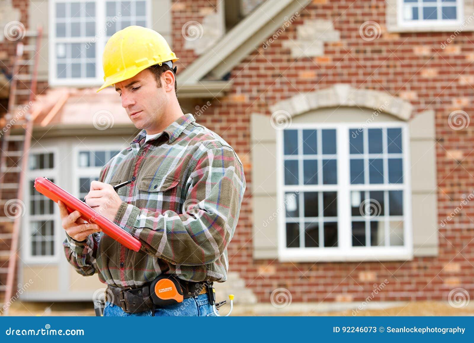 Costruzione: Ispettore domestico che controlla Camera