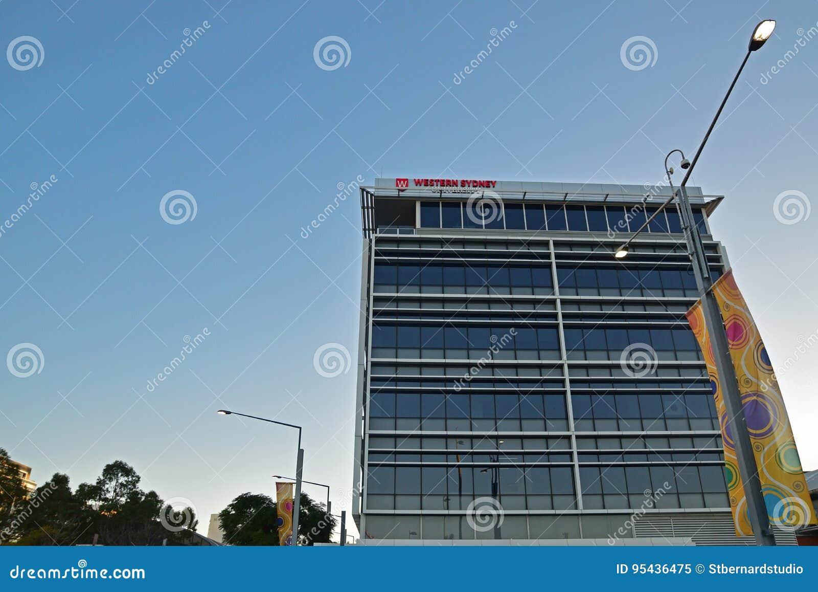 Costruzione occidentale della città universitaria di Sydney University a Sydney Olympic Park